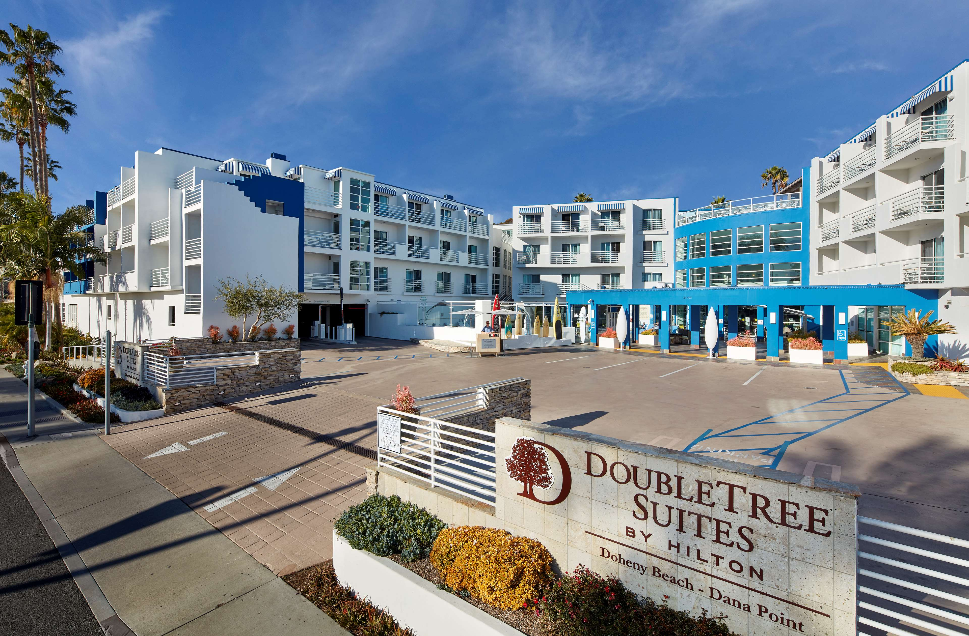 DoubleTree Suites by Hilton Hotel Doheny Beach - Dana Point image 0