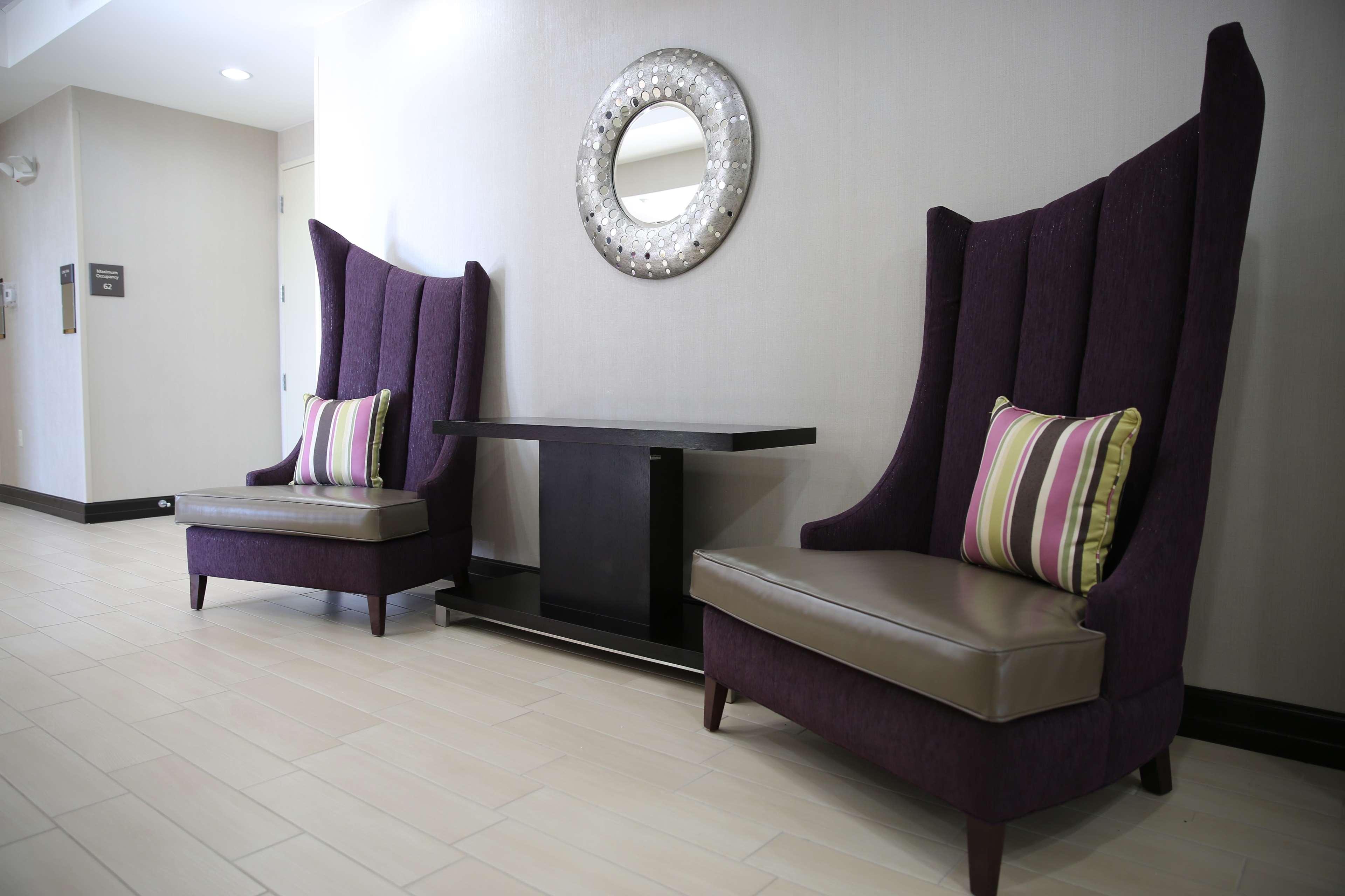 Hampton Inn & Suites Missouri City, TX image 13