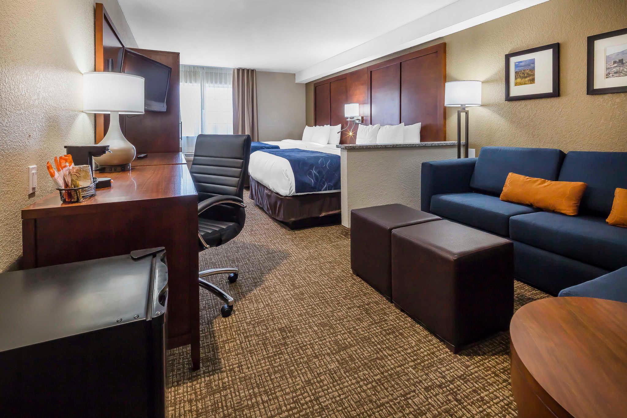 Comfort Suites El Paso Airport image 15
