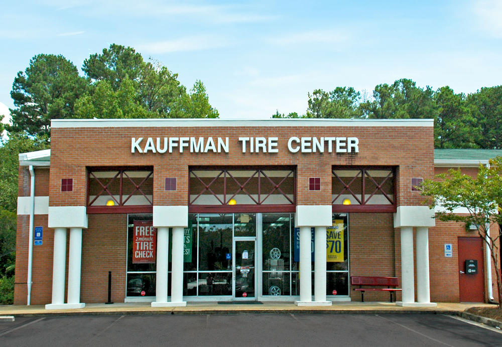 kauffman tire hours