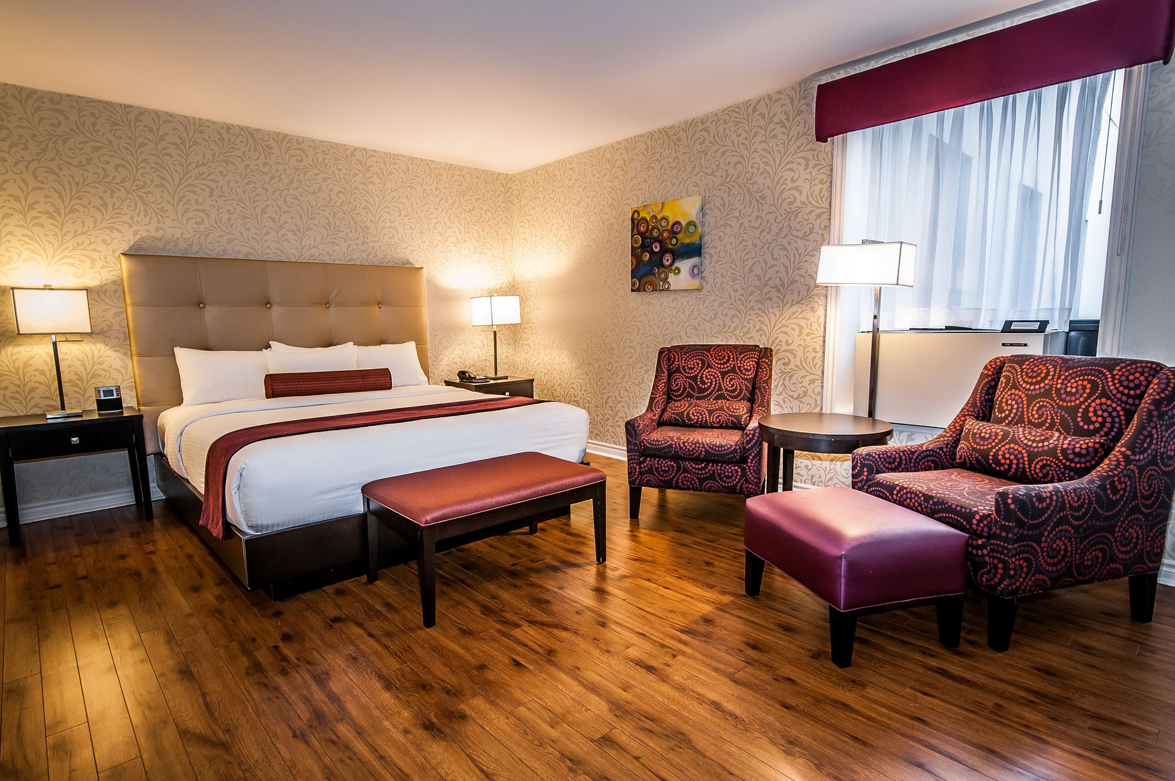 Best Western Plus Montreal Downtown-Hotel Europa à Montreal: Suite King