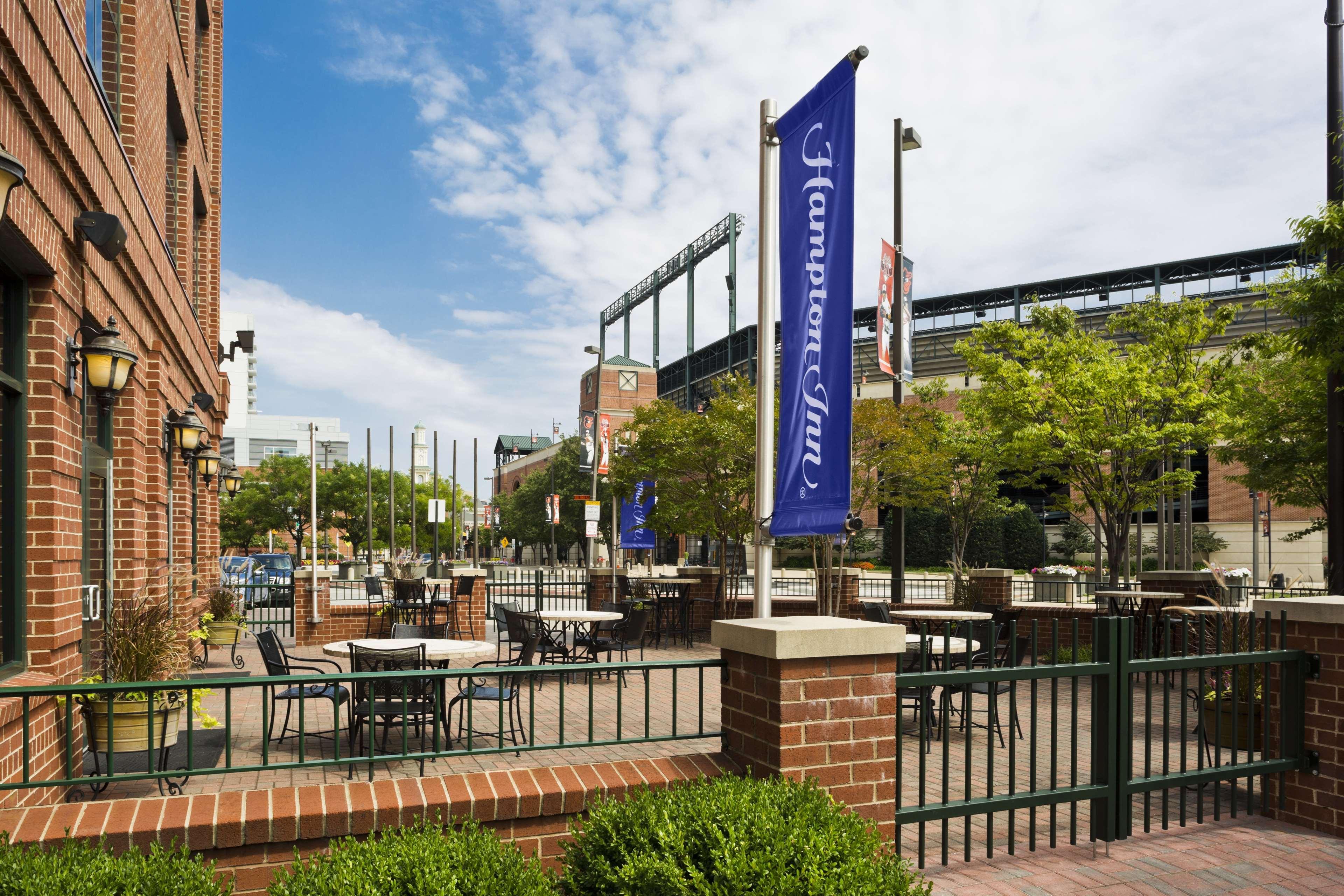 Hampton Inn Baltimore-Downtown-Convention Center image 4