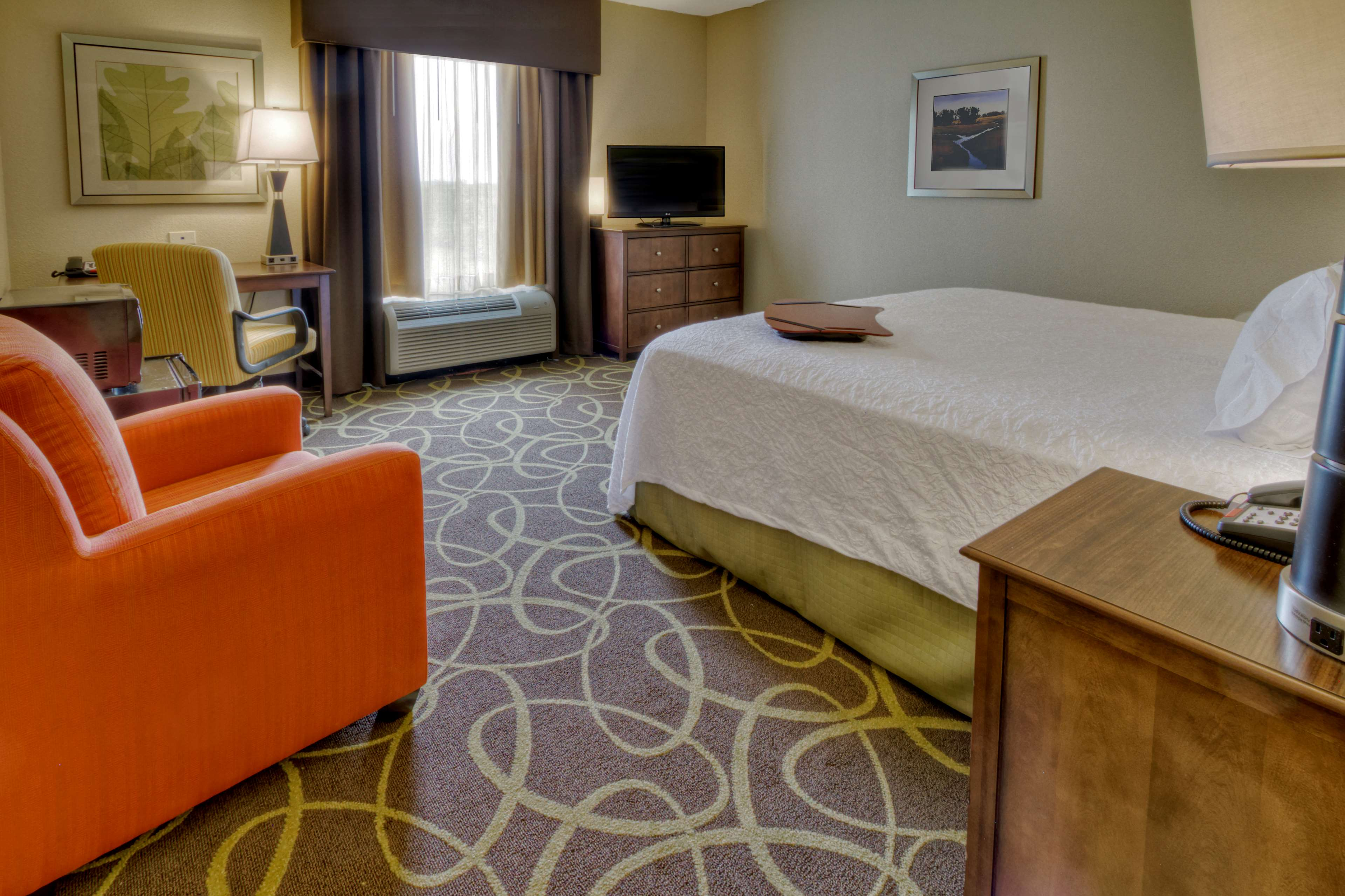 Hampton Inn & Suites Rochester/Henrietta image 23
