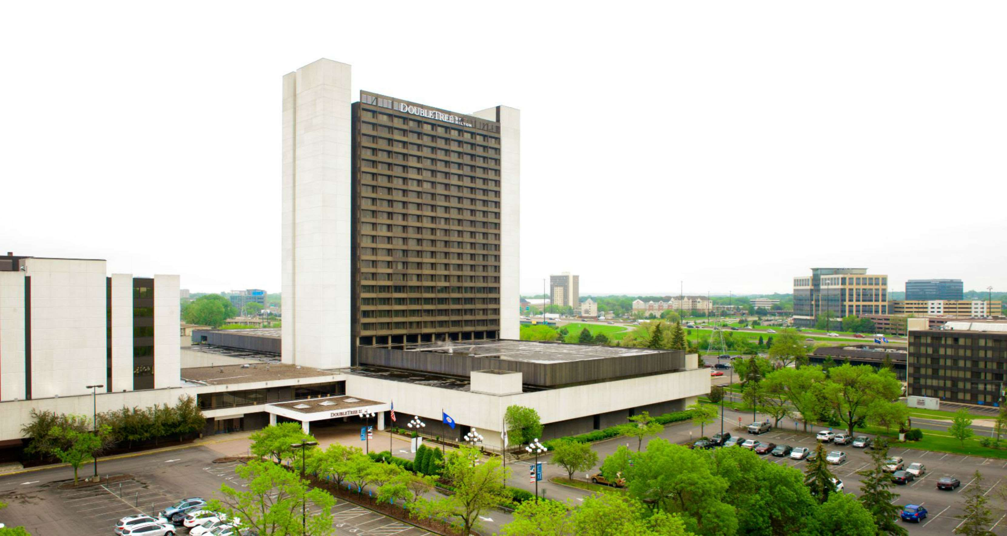 DoubleTree by Hilton Hotel Bloomington - Minneapolis South image 2