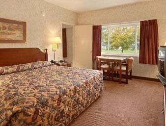 Ramada Paintsville Hotel & Conference Center image 4