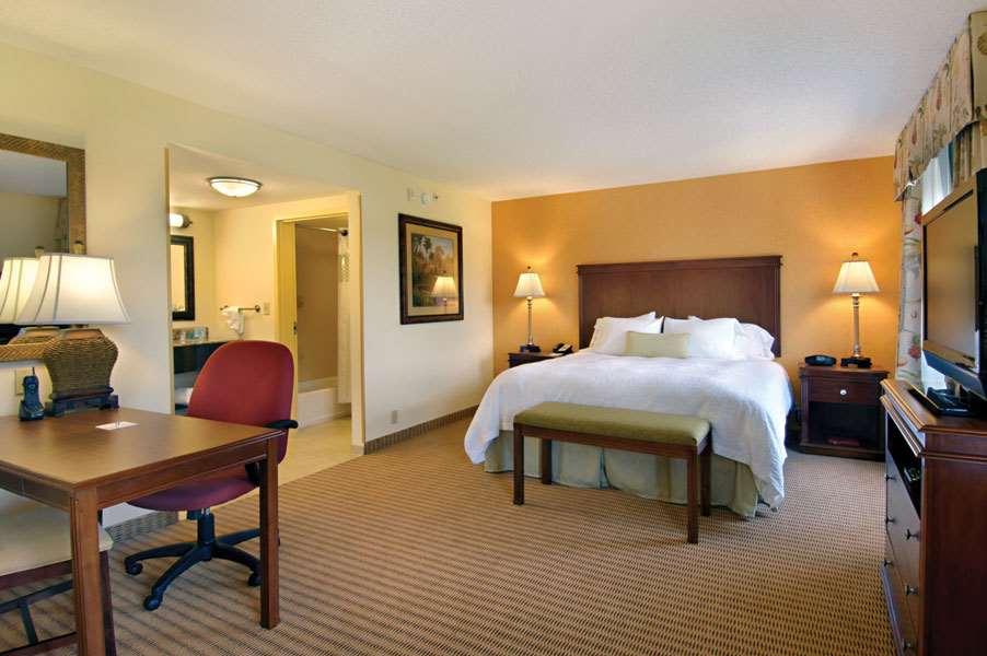 Hampton Inn & Suites Tampa-Wesley Chapel image 24