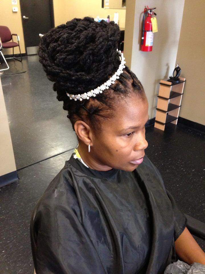 Nikki African Hair Braiding image 3