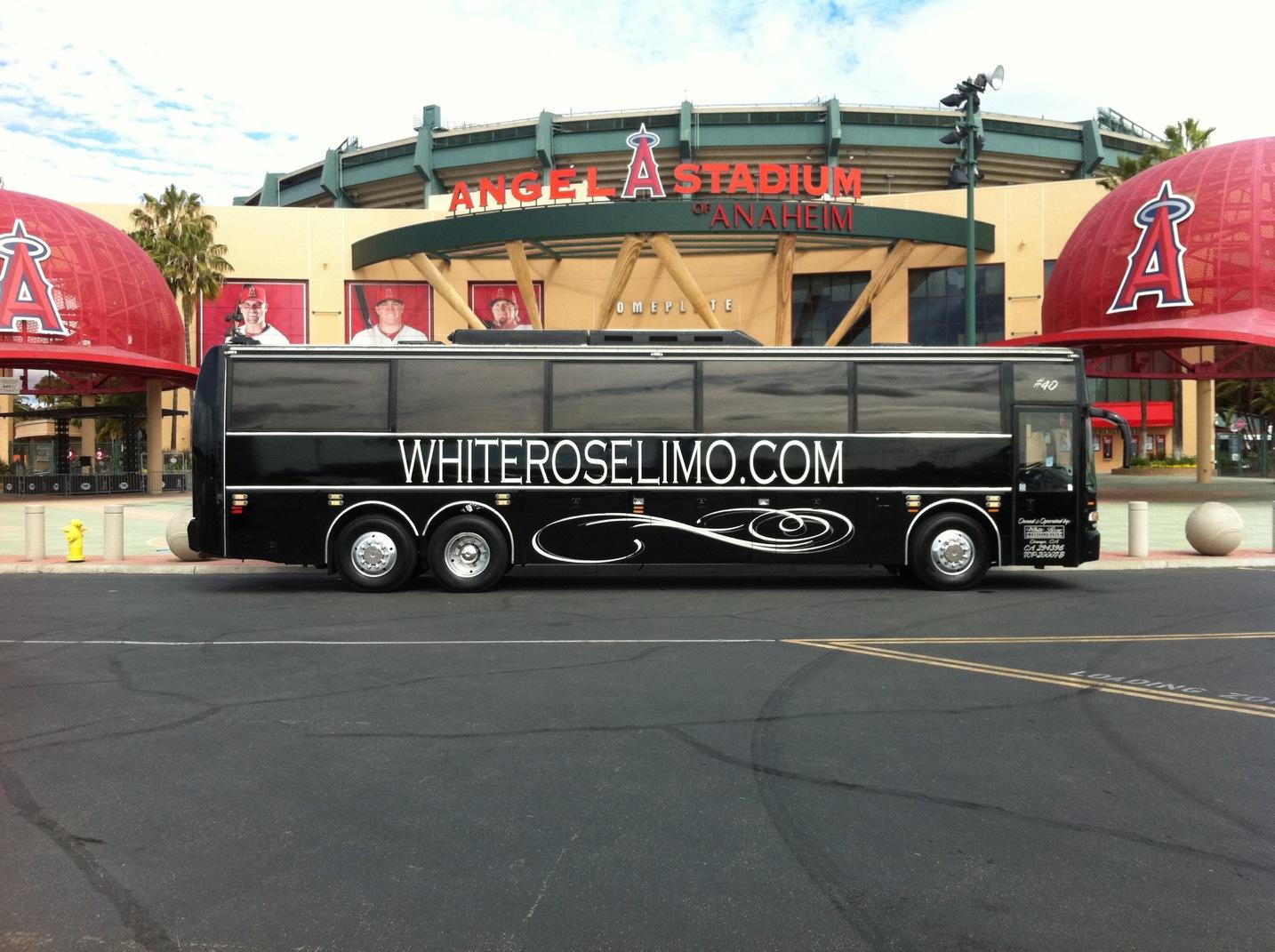 White Rose Limousine Inc image 0