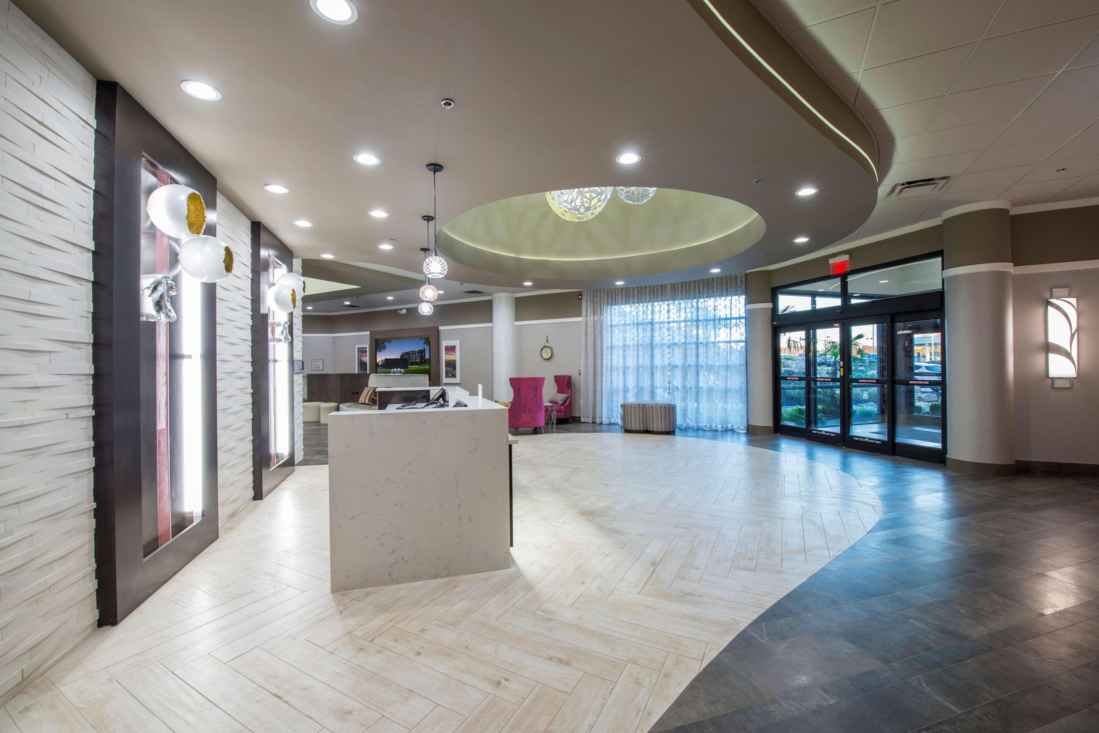 DoubleTree by Hilton Hotel Winston Salem - University image 22