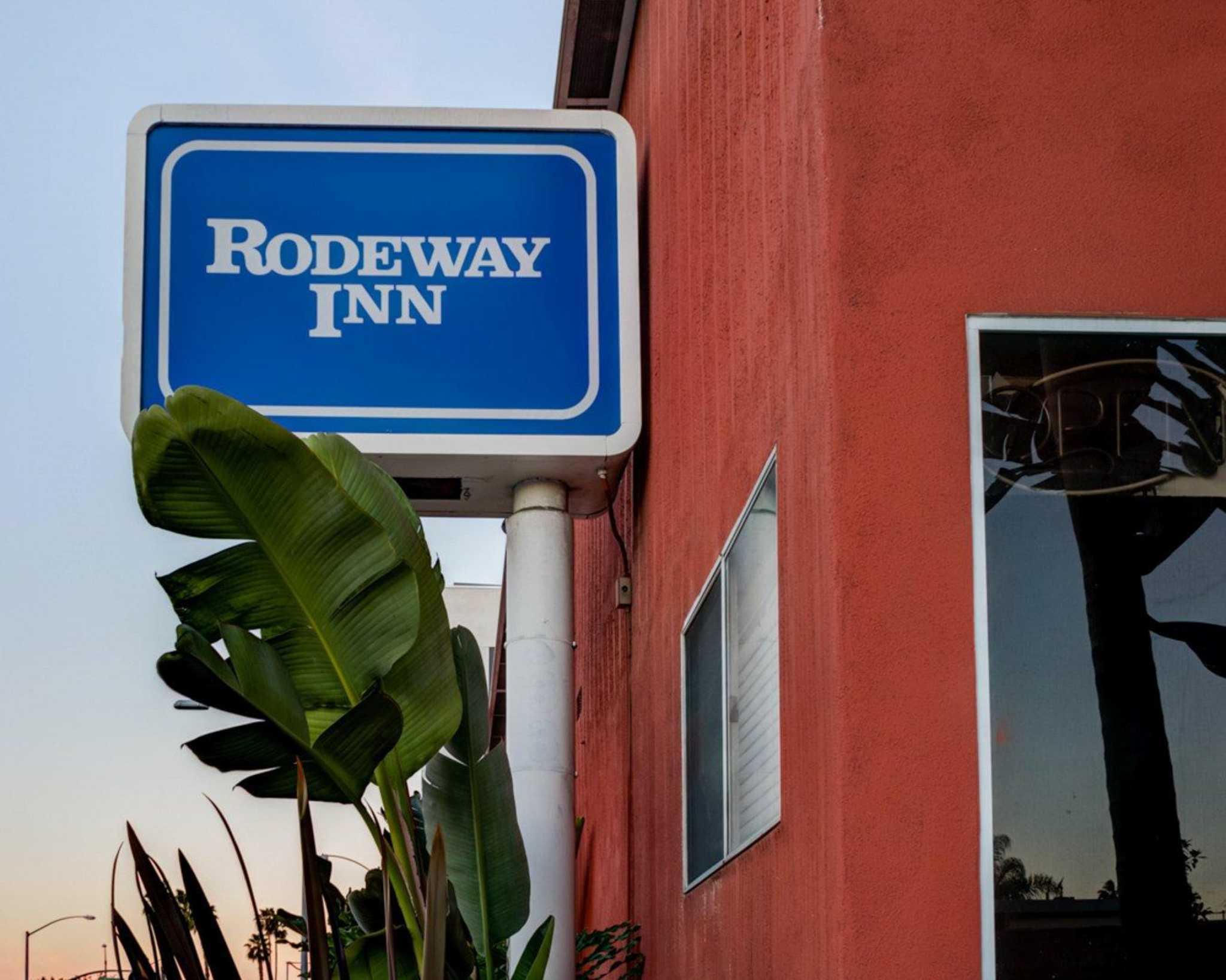 Rodeway Inn near Venice Beach image 3