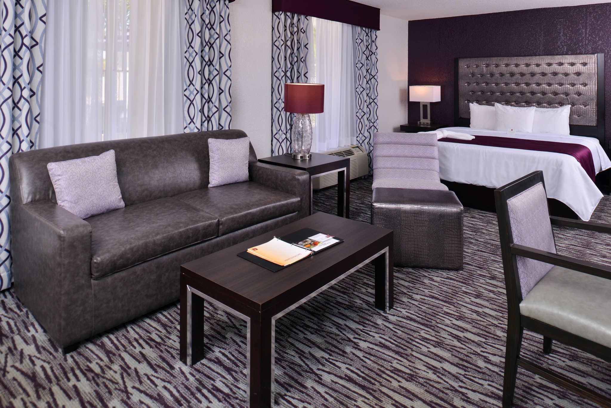 Clarion Inn & Suites Orlando near Theme Parks image 13