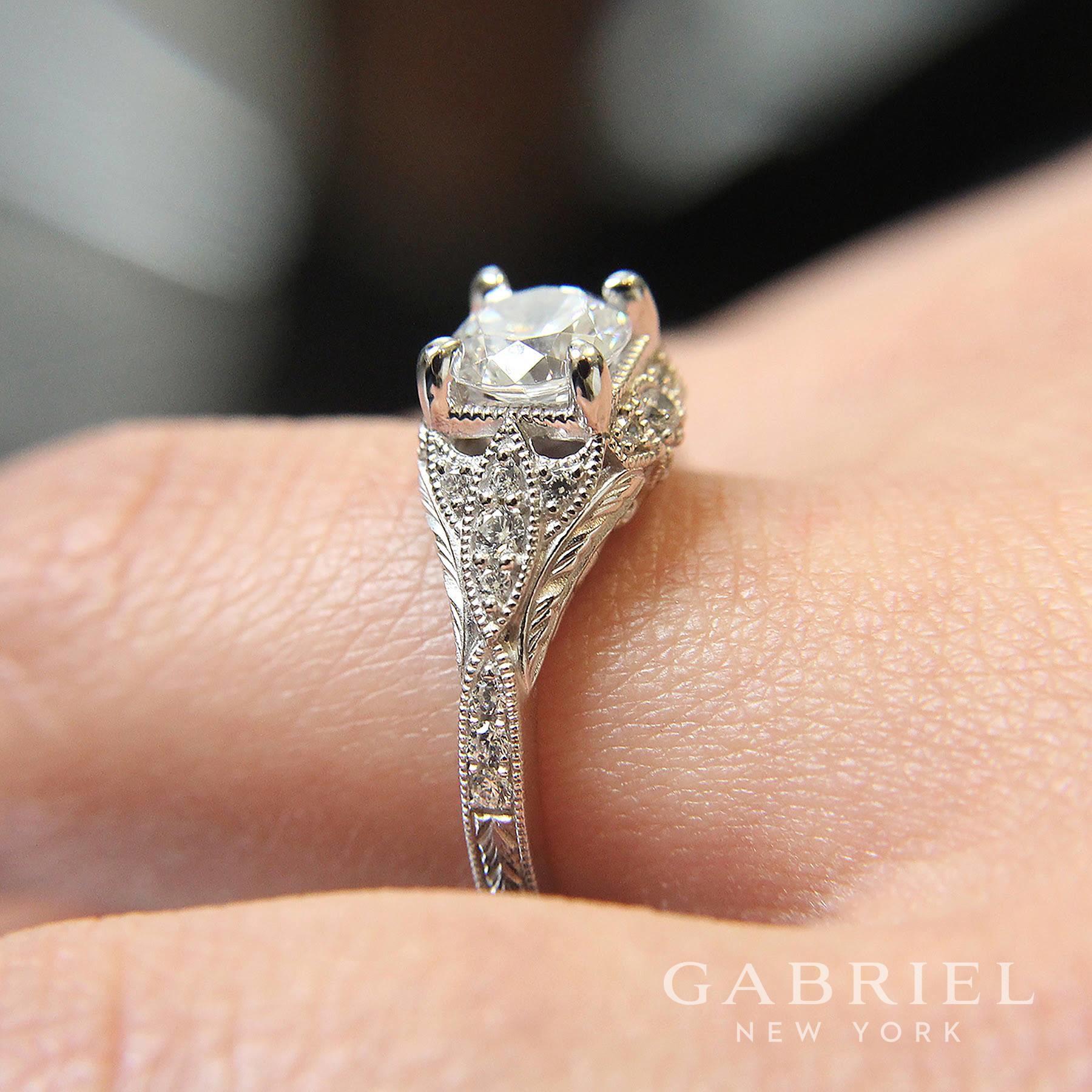 Emerald Lady Jewelry image 32