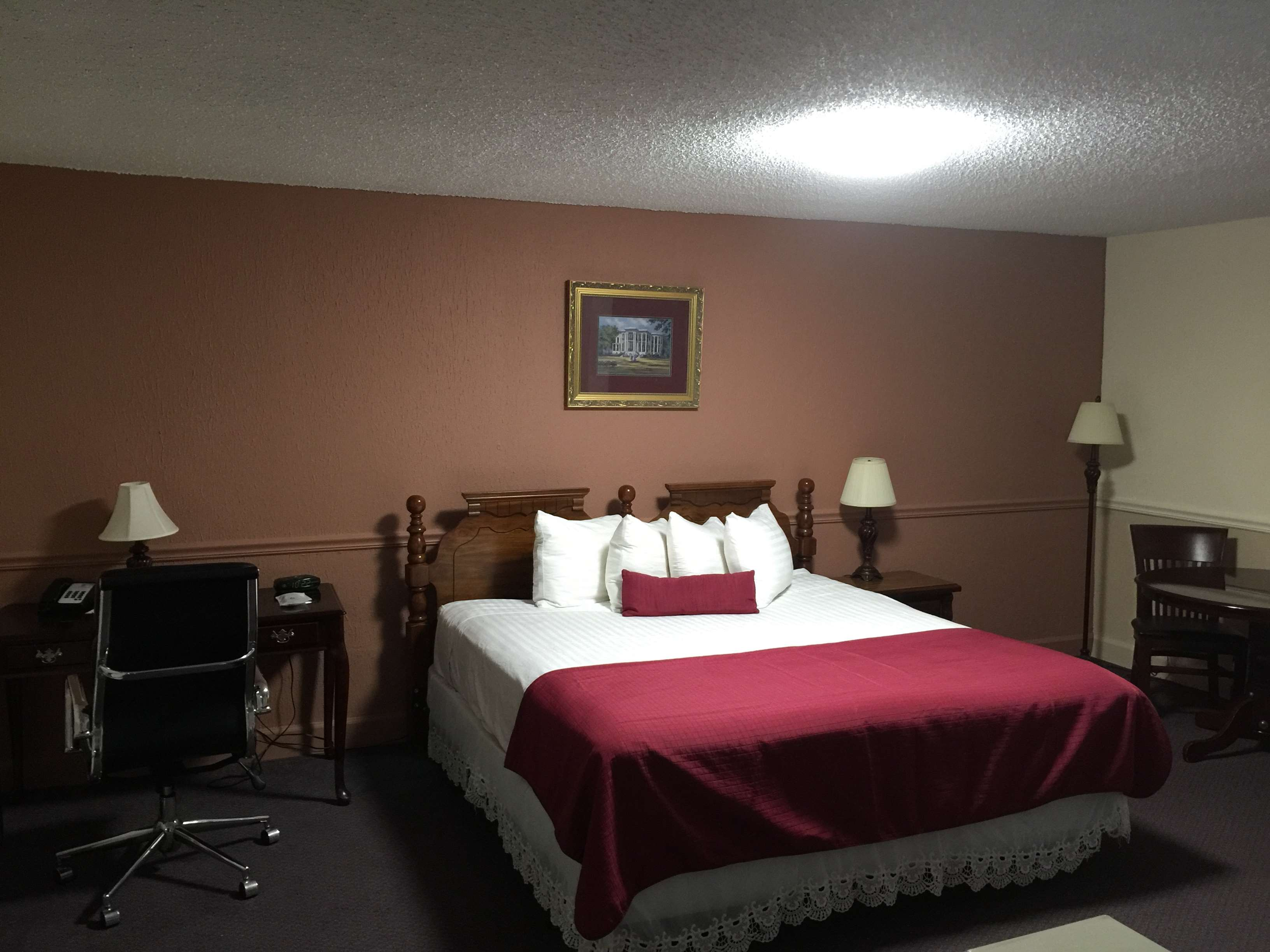 SureStay Plus Hotel by Best Western Baton Rouge image 18