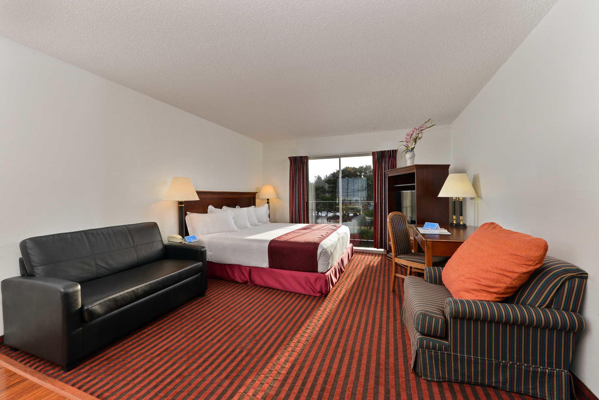 Rodeway Inn & Suites - Closed image 18