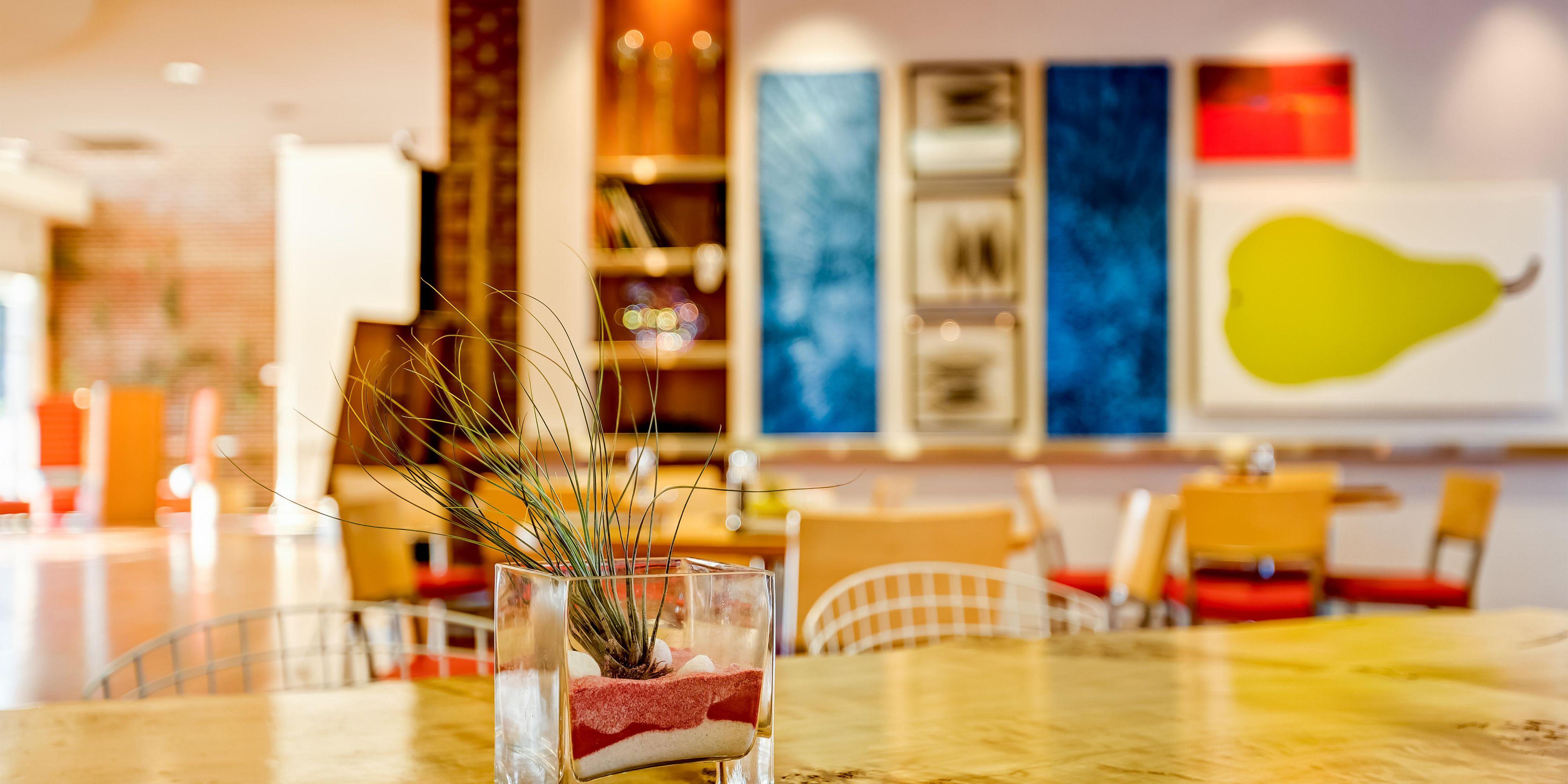 Hotel Indigo Columbus Architectural Center image 3
