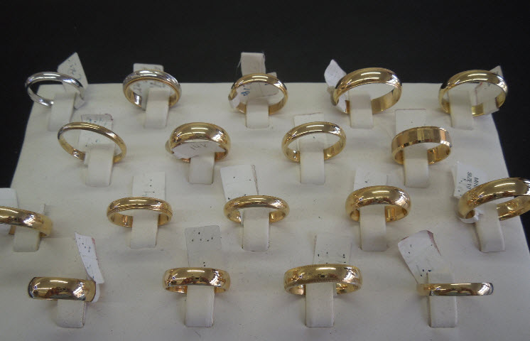 Ray gold jewelers inc in hackensack nj 07601 citysearch for Jewelry exchange in hackensack new jersey