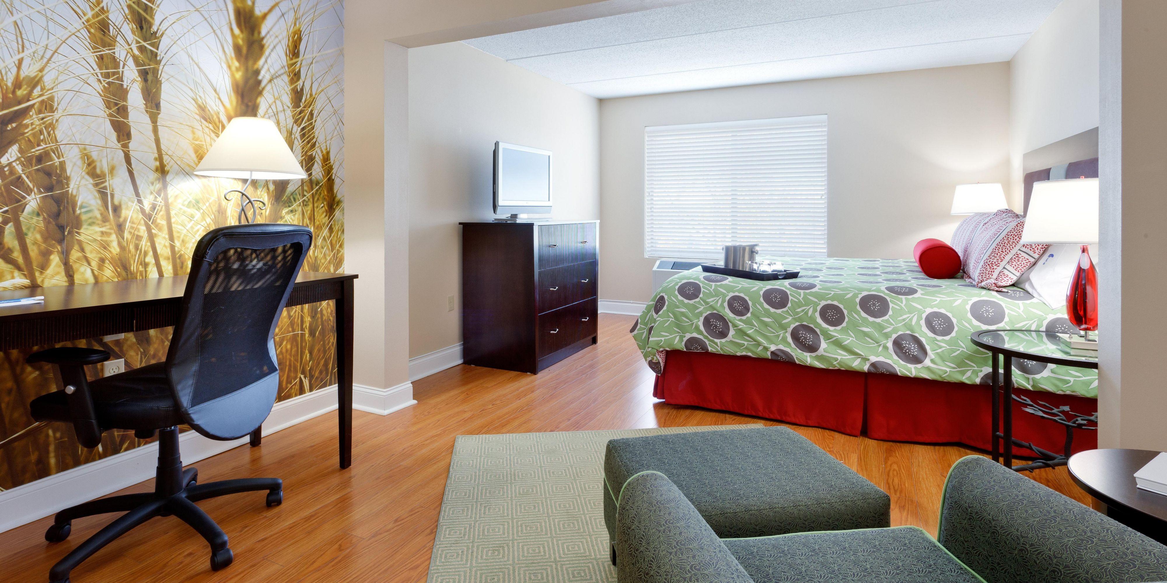 Hotel Indigo Albany Latham image 1