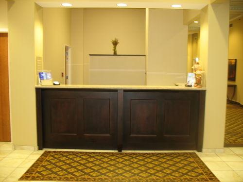 Candlewood Suites Terre Haute image 3