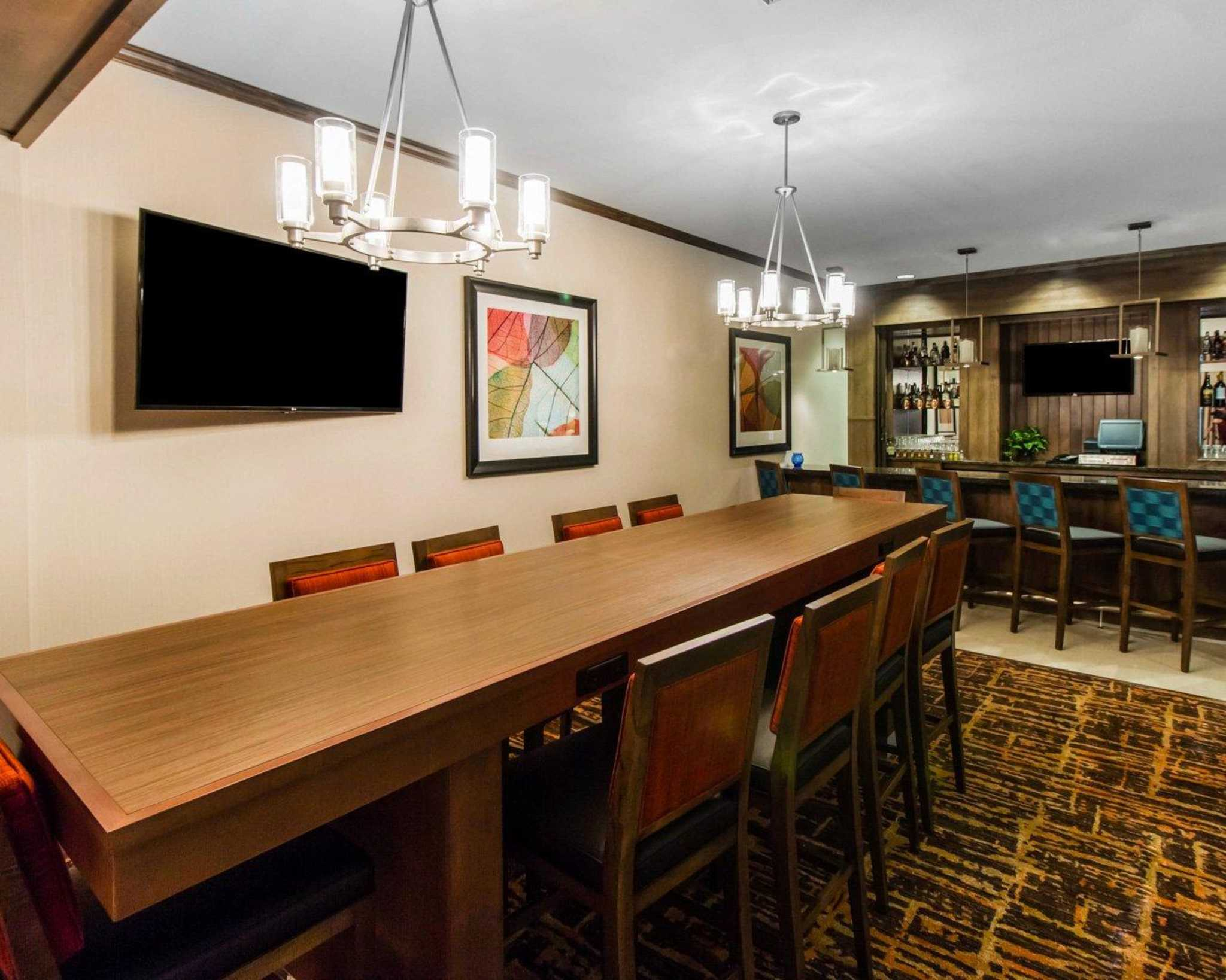MainStay Suites Event Center image 28