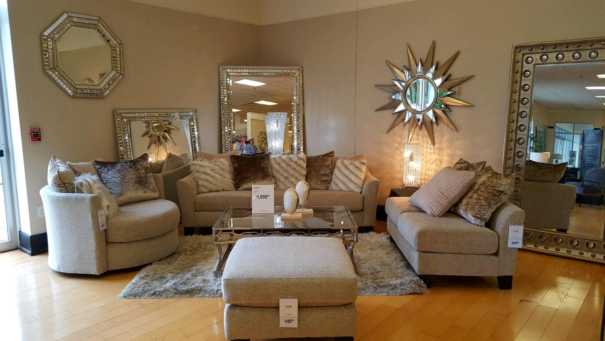 American Signature Furniture image 13