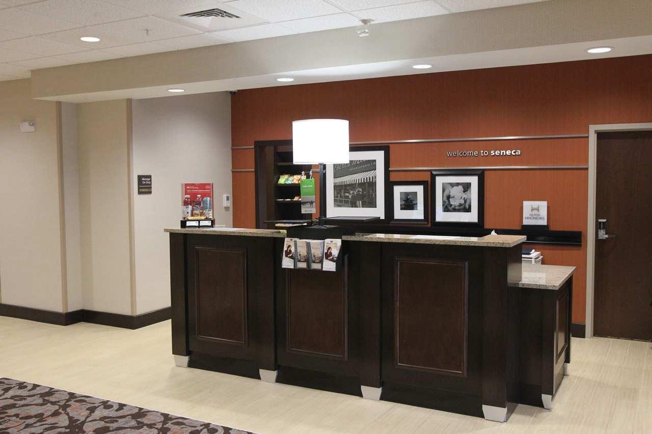 Hampton Inn & Suites Seneca-Clemson Area image 3
