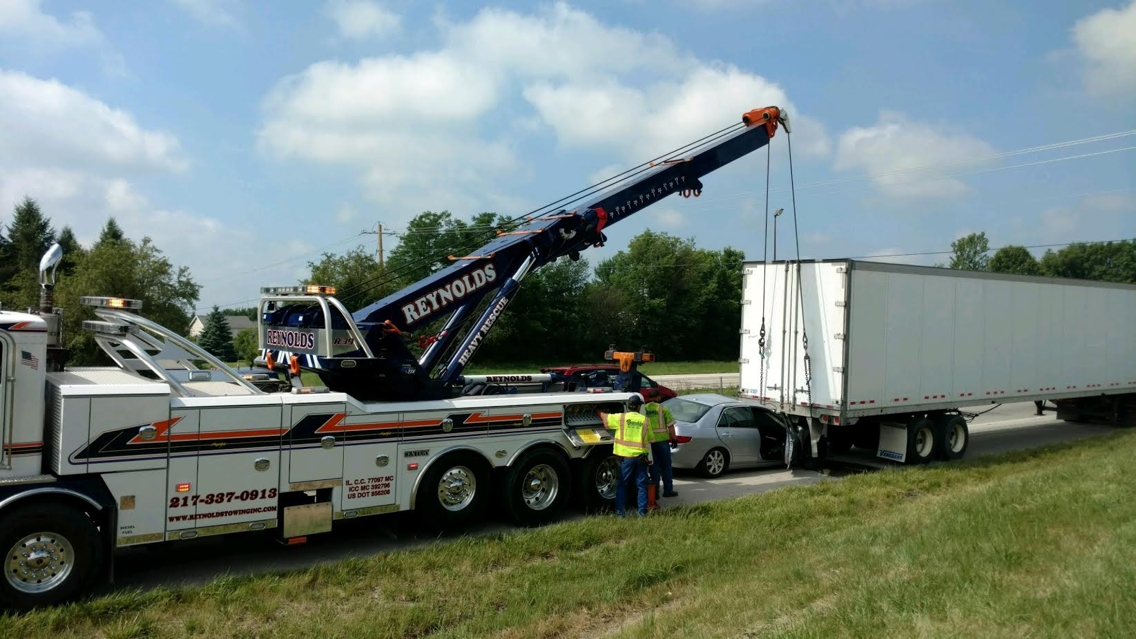 Reynolds Towing Service image 33