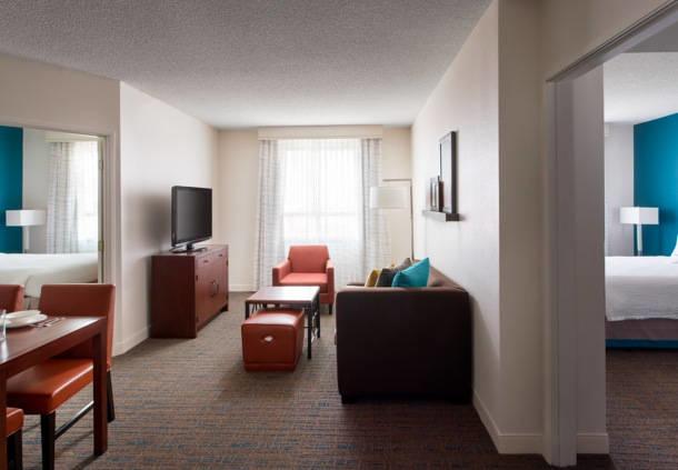 Residence Inn by Marriott Las Vegas Hughes Center image 11