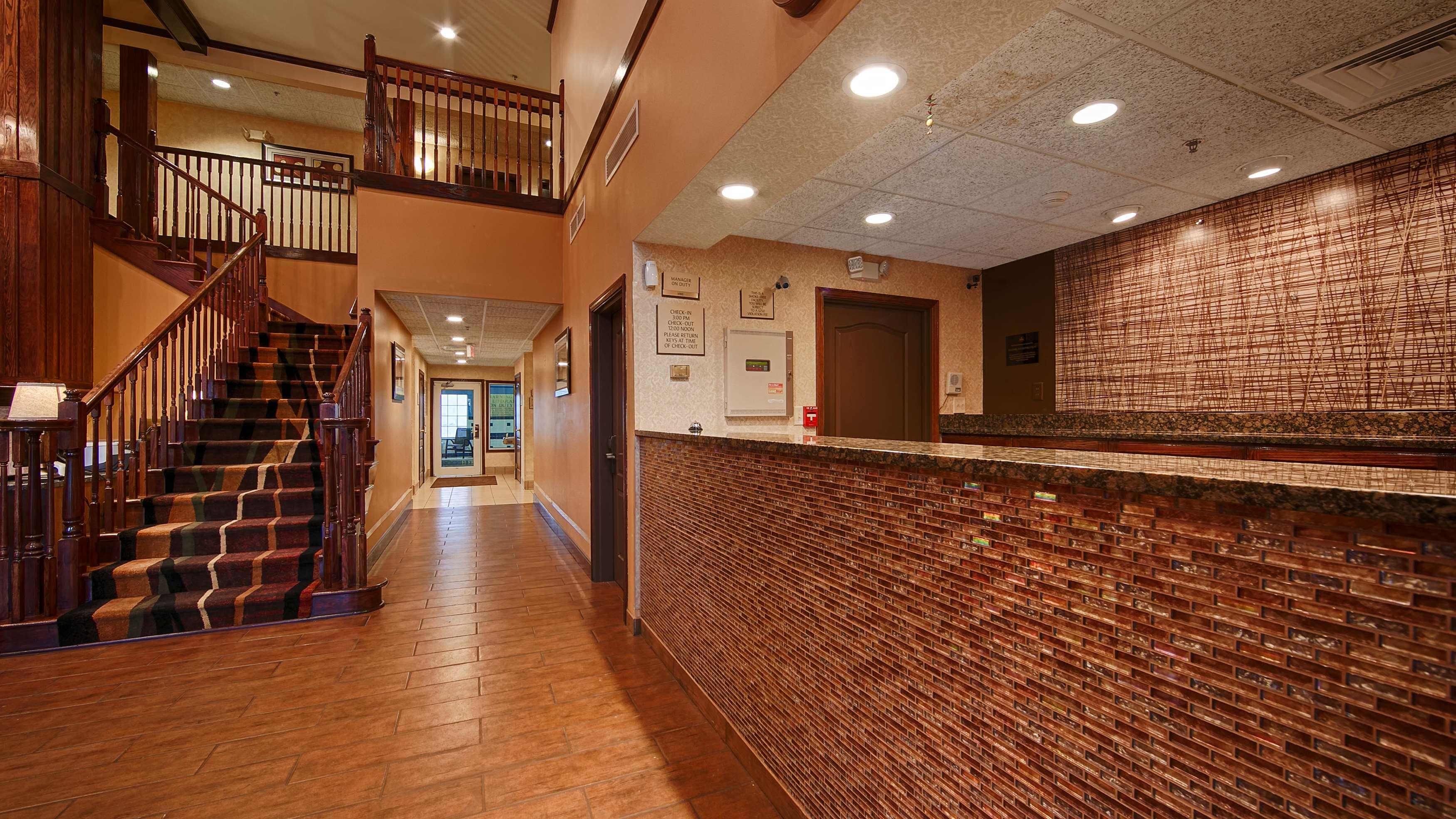 Best Western Plus Fort Wayne Inn & Suites North image 10