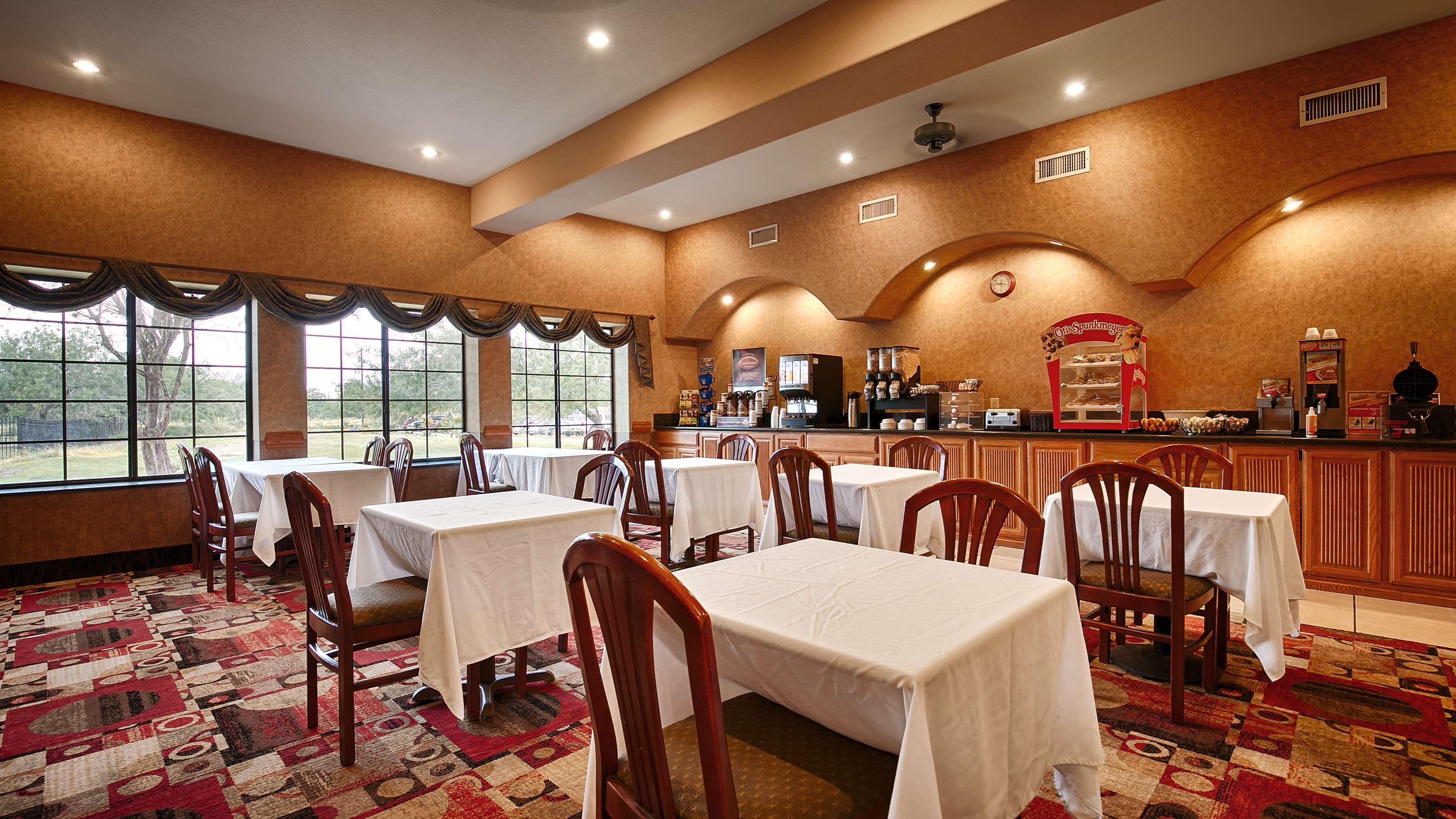 Best Western Casa Villa Suites image 25