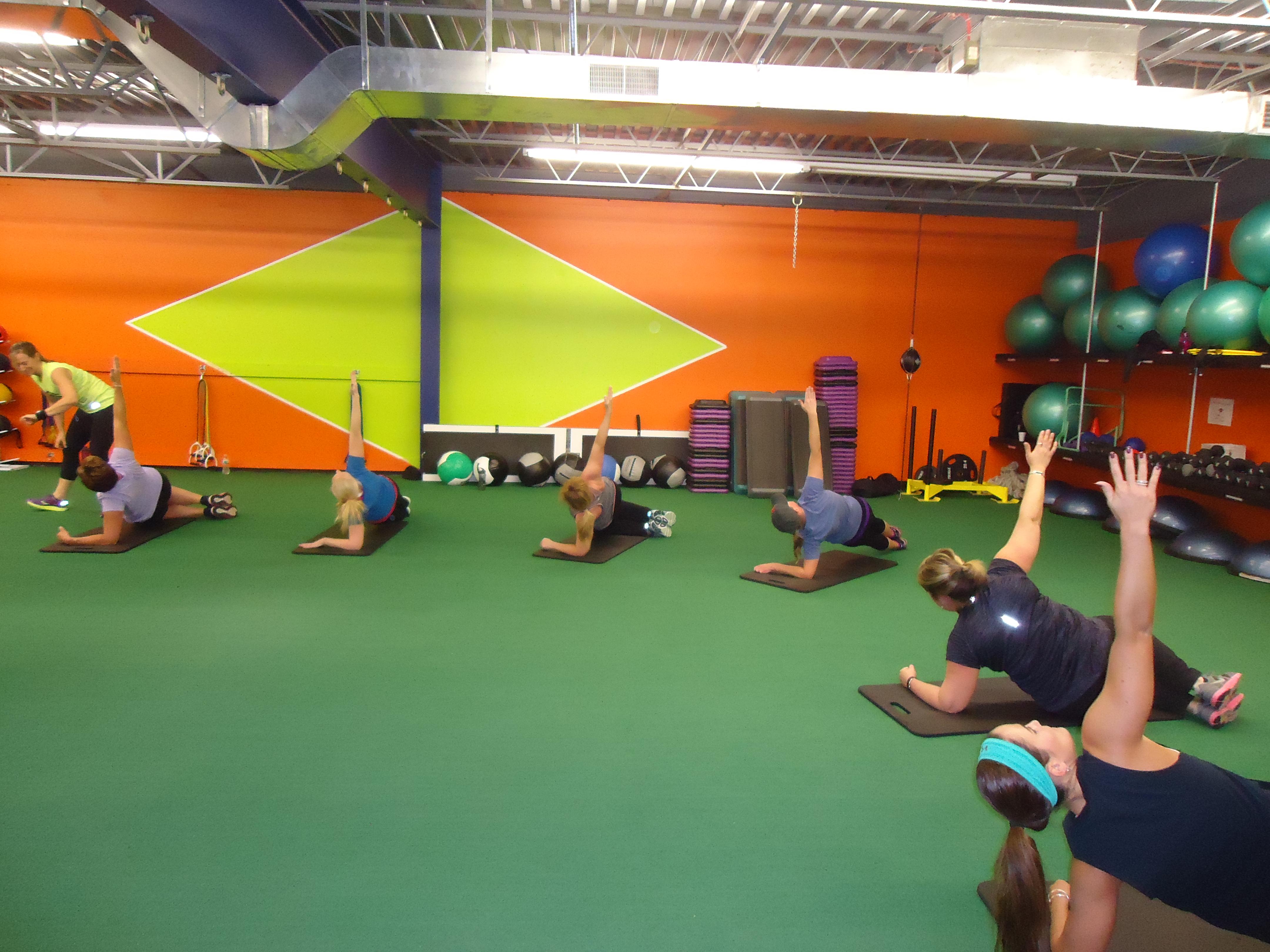 Everybodys Fitness Center image 7