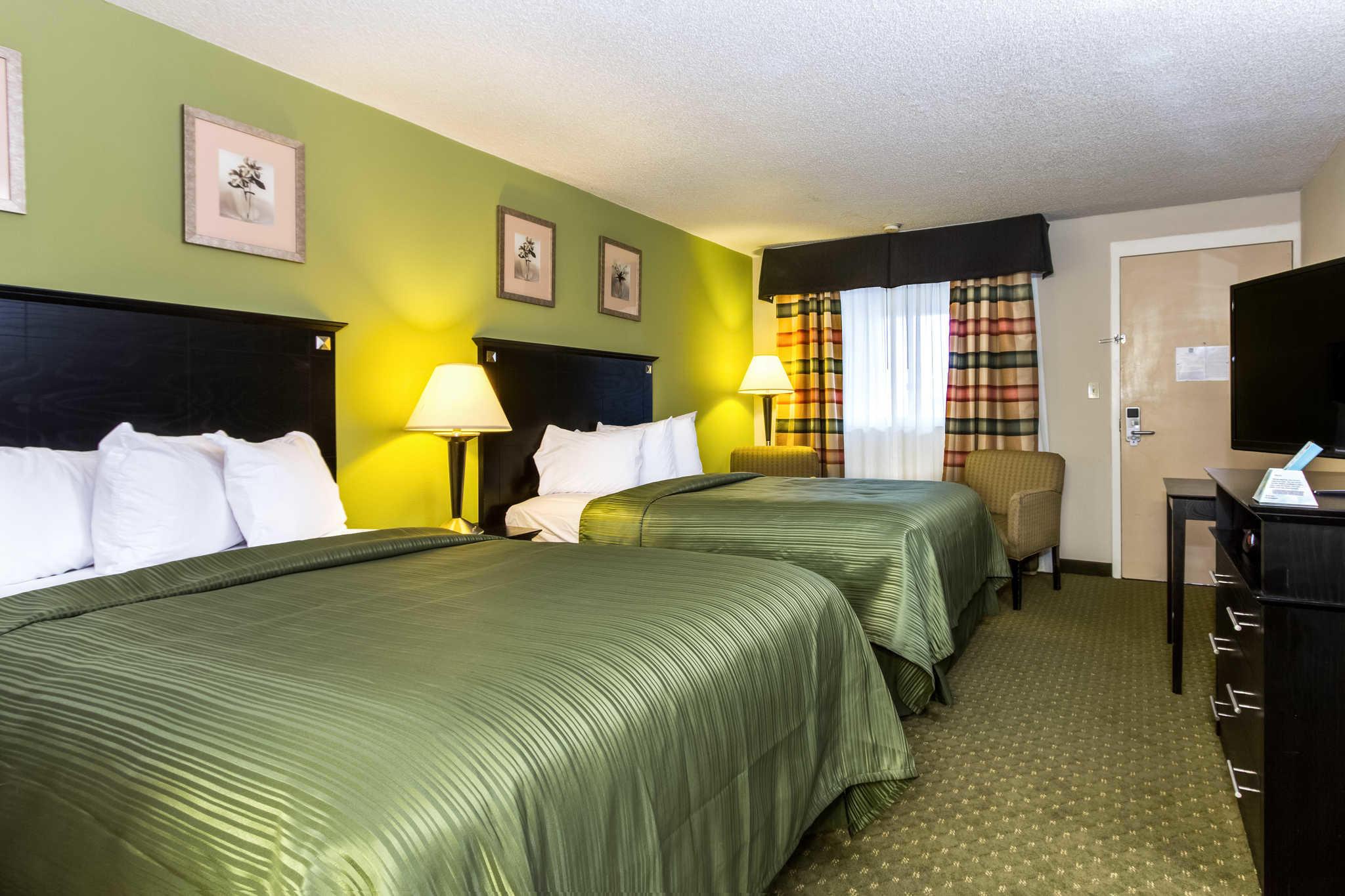 Quality Inn & Suites Moline - Quad Cities image 8