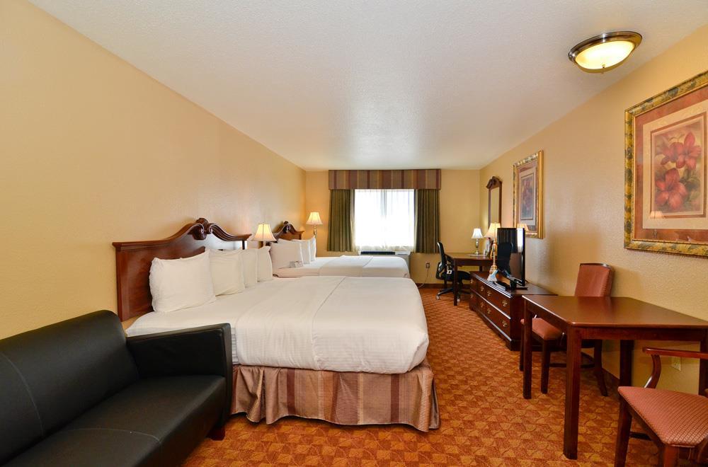 Best Western Fallon Inn & Suites image 45