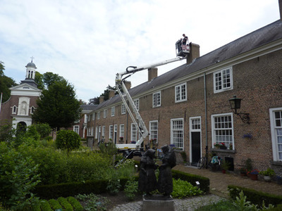 Loodgietersbedrijf nous bv loodgieters breda for Nassau indus deur bv oosterhout