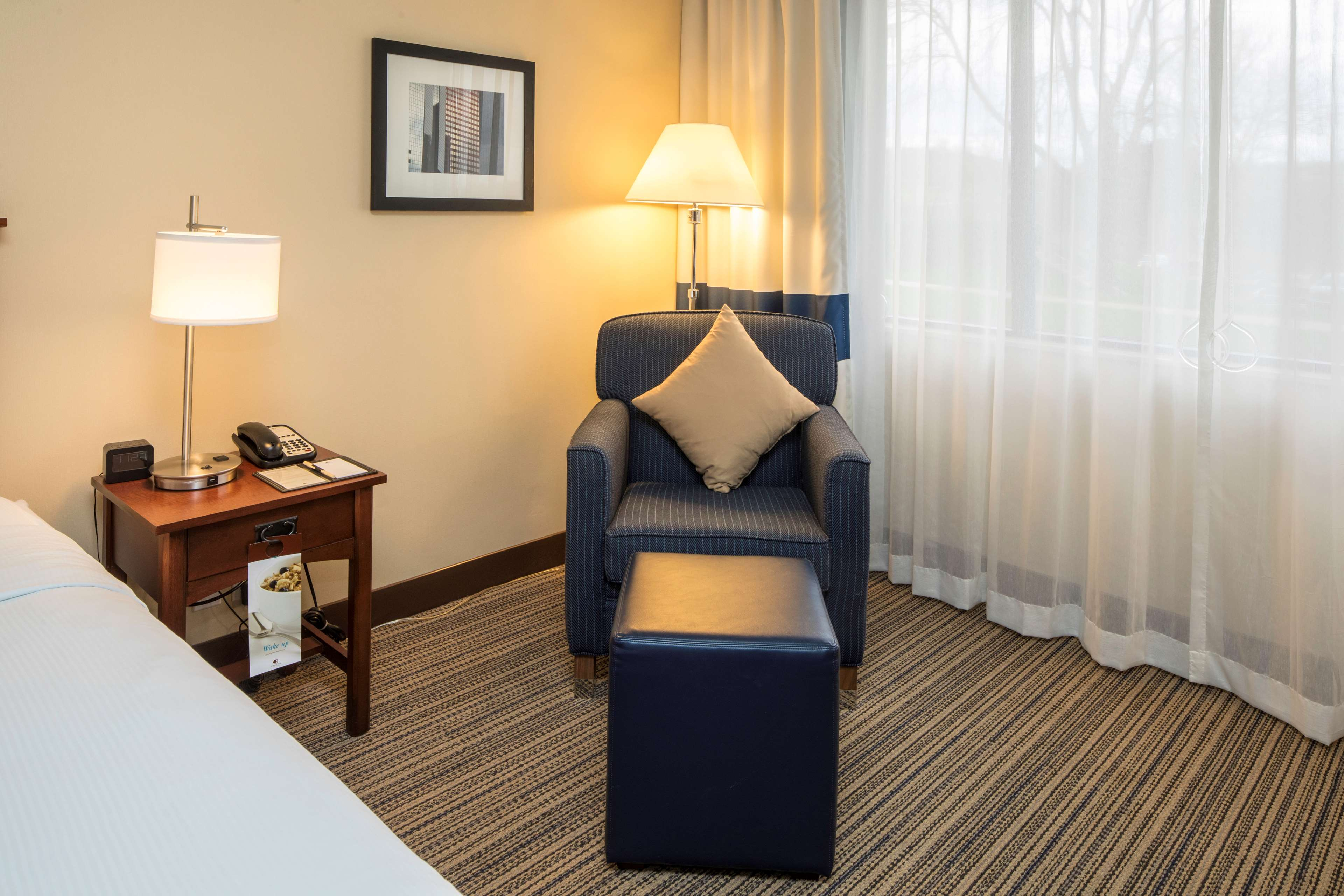 DoubleTree by Hilton Hotel Pittsburgh - Cranberry image 18