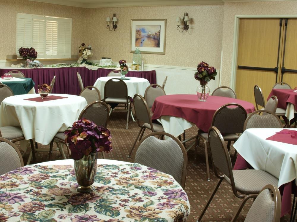 Best Western Plus Caldwell Inn & Suites image 41