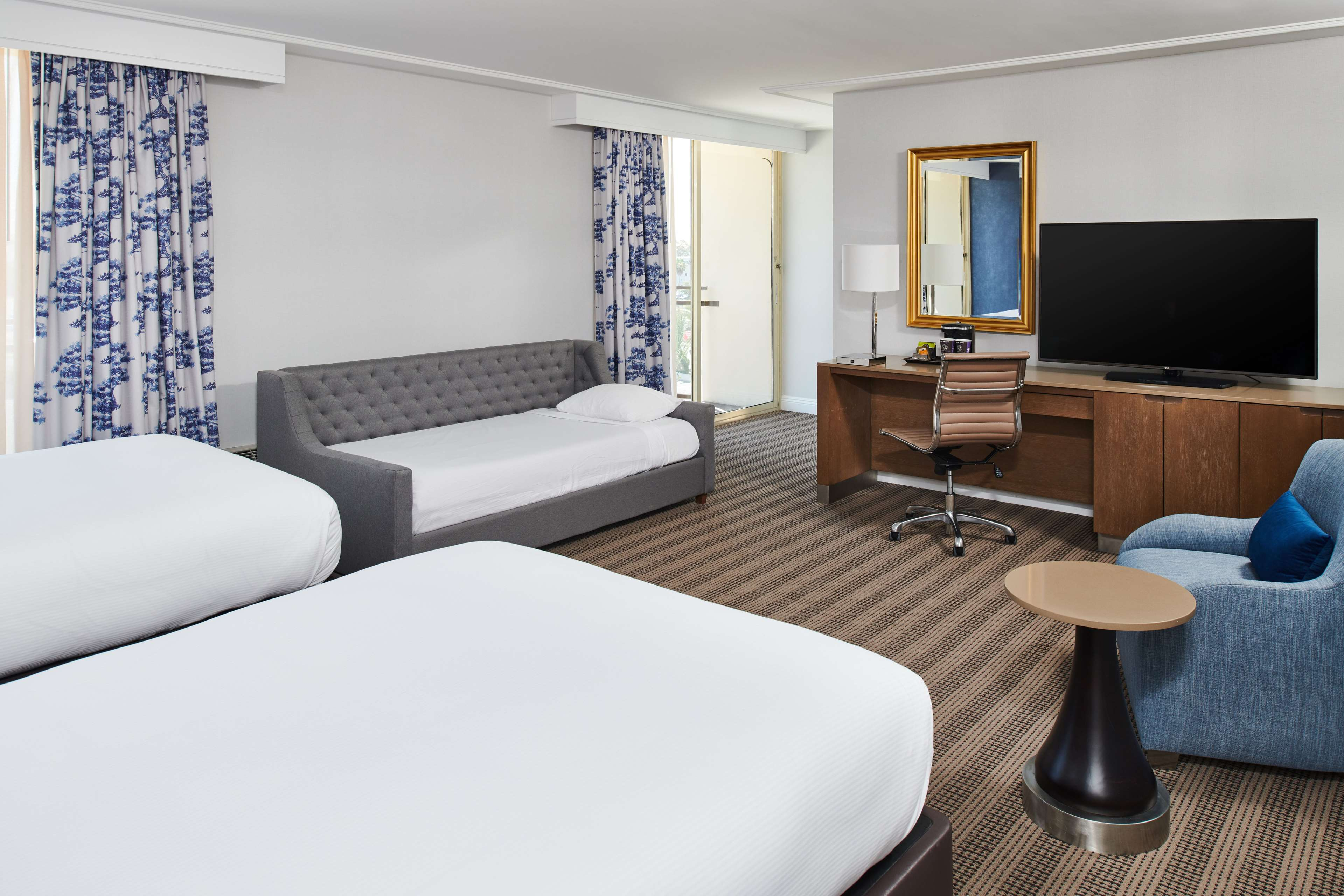 DoubleTree by Hilton Hotel Torrance - South Bay image 35