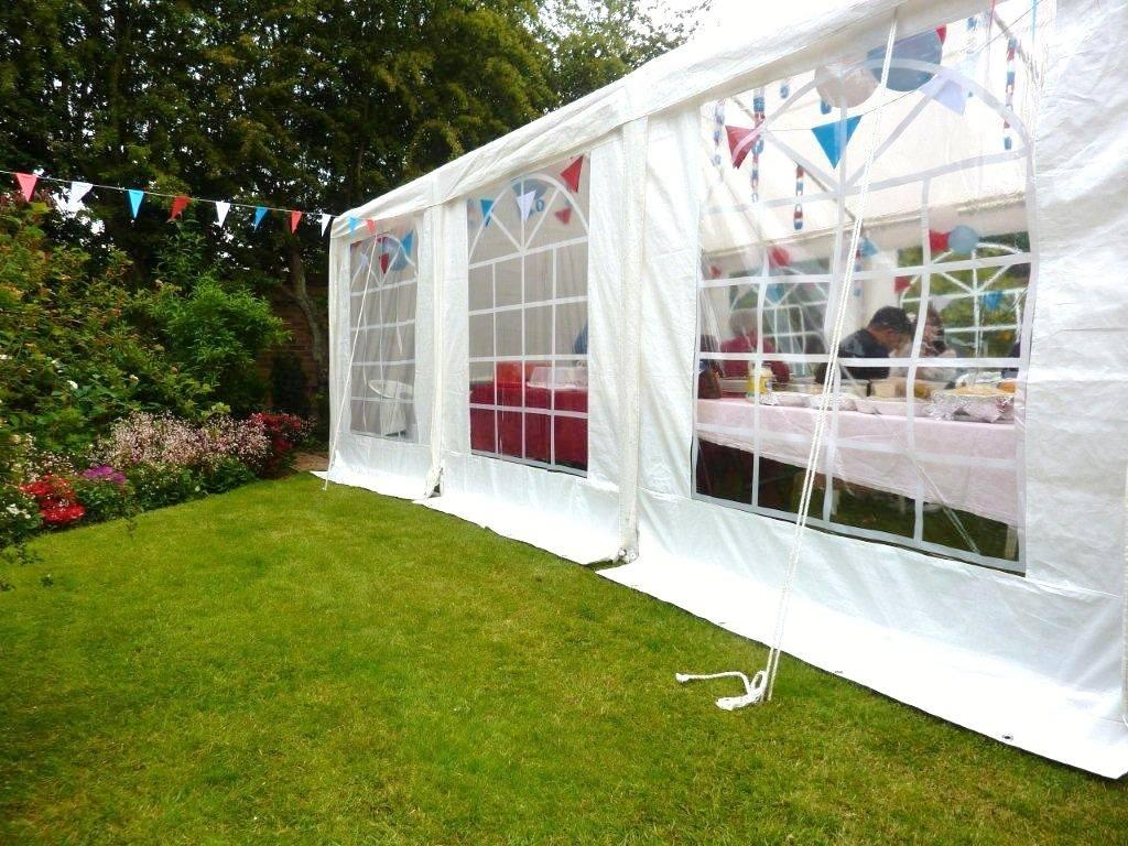 Celebration marquees event hire canopies in barnsley - Parasoles para jardin ...
