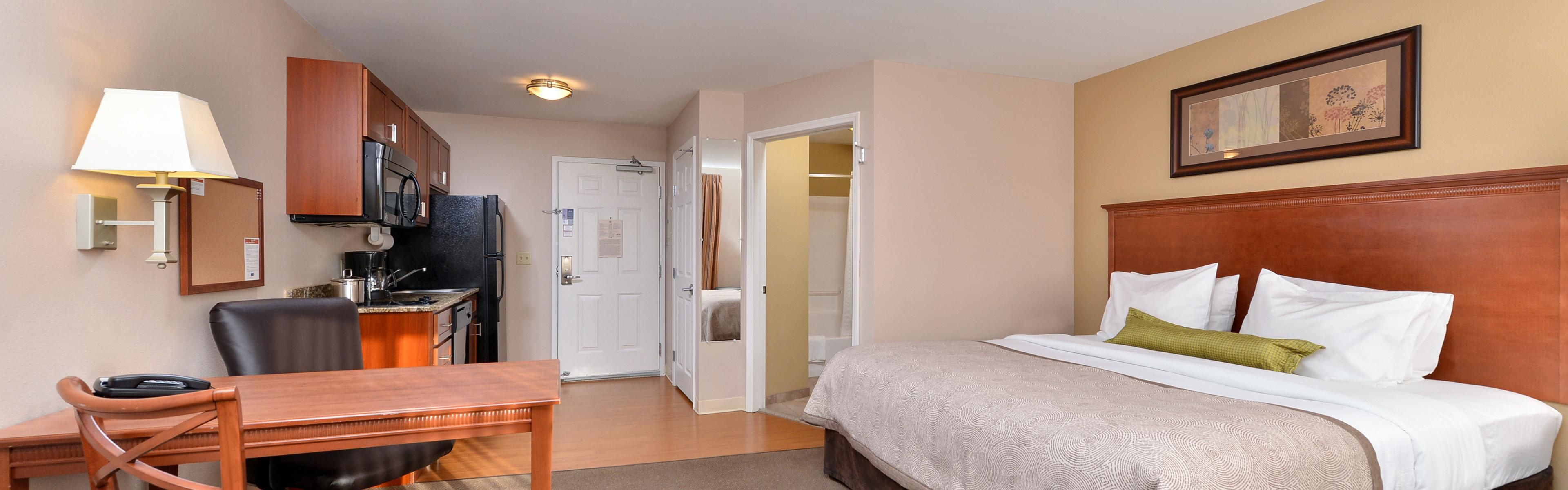 Candlewood Suites Williston image 1