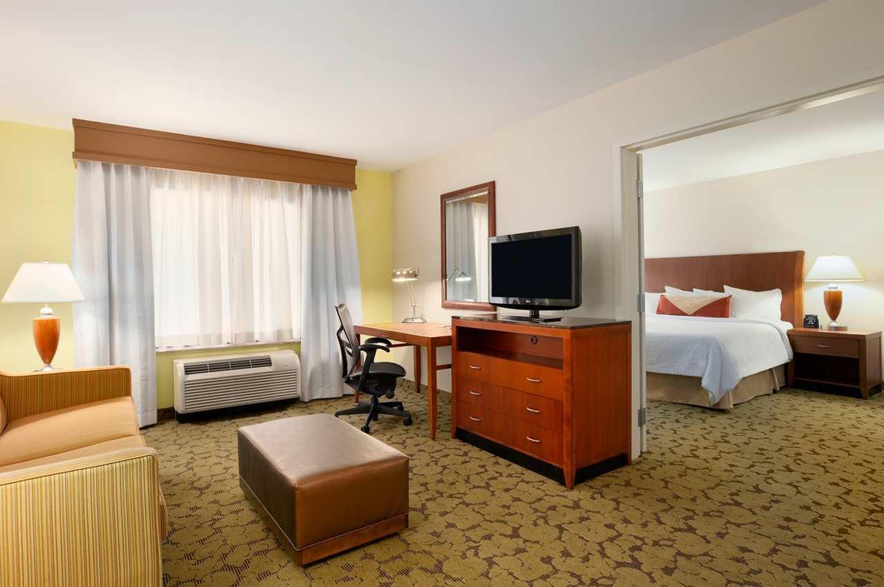 Hilton Garden Inn Scottsdale North/Perimeter Center image 7