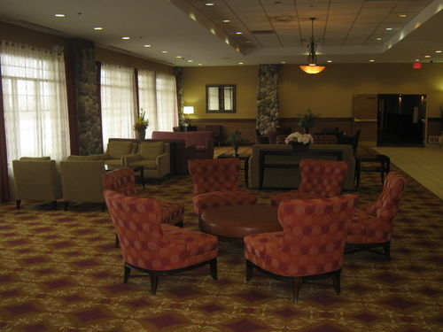 Holiday Inn Hotel & Suites Owatonna - ad image