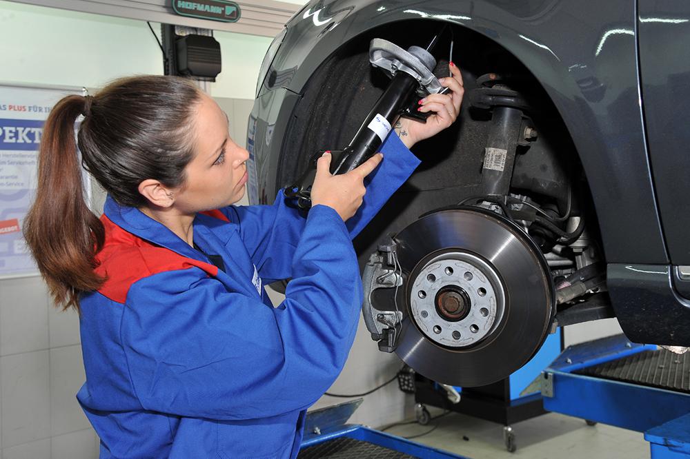 Bild der AUTOPLUS AG Werkstatt & Gebrauchtwagen