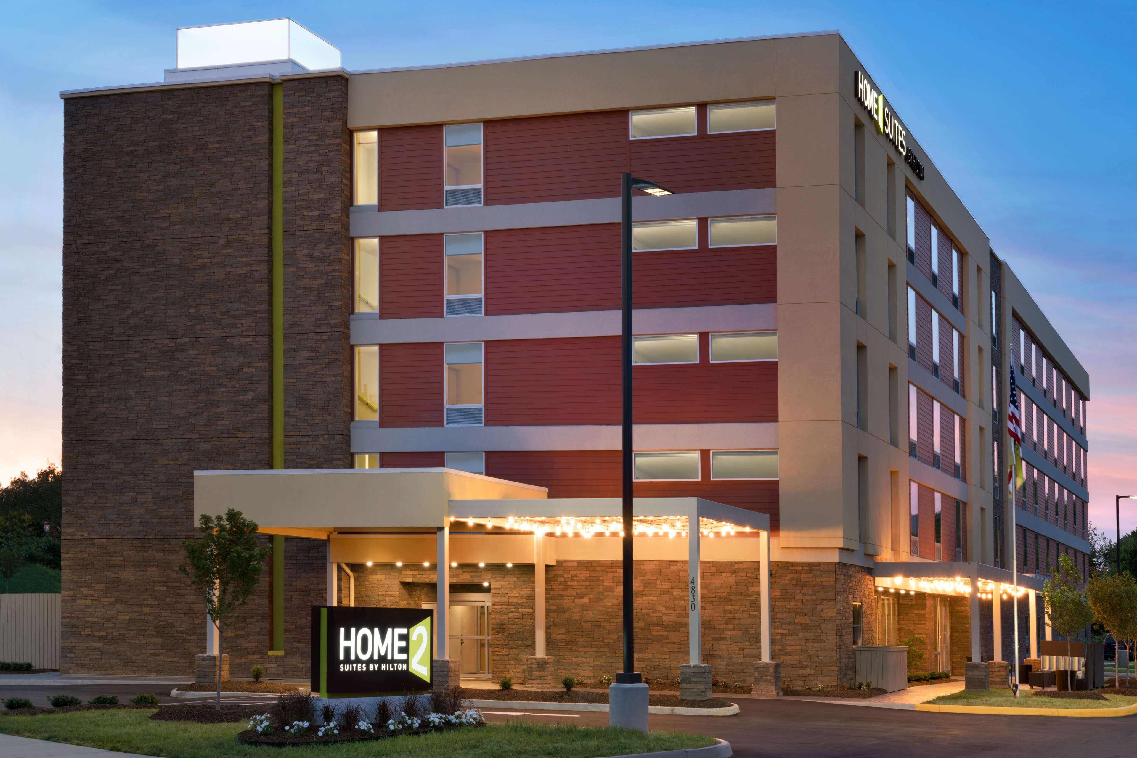 Home2 Suites by Hilton Roanoke image 2