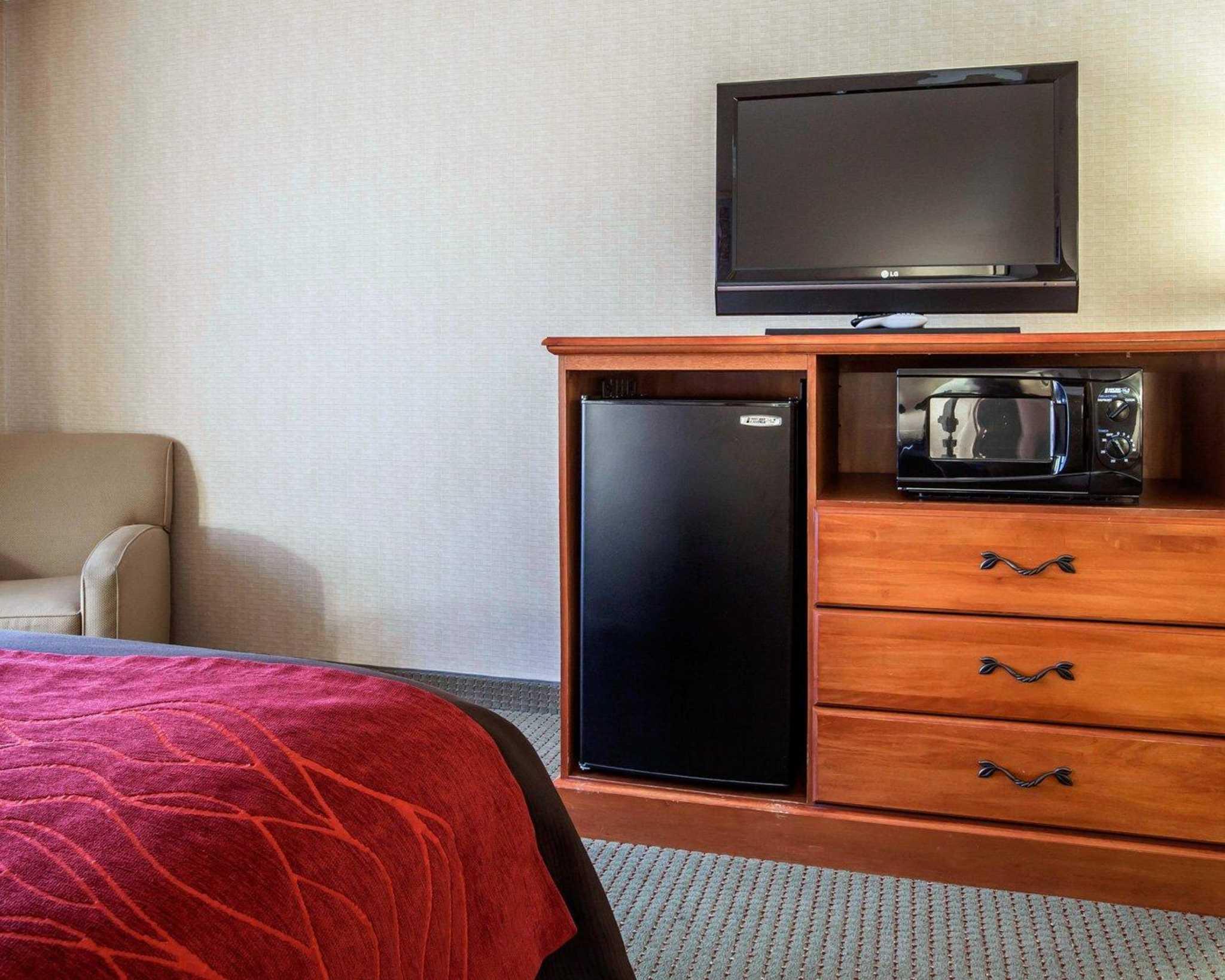 Comfort Inn & Suites adj to Akwesasne Mohawk Casino image 50