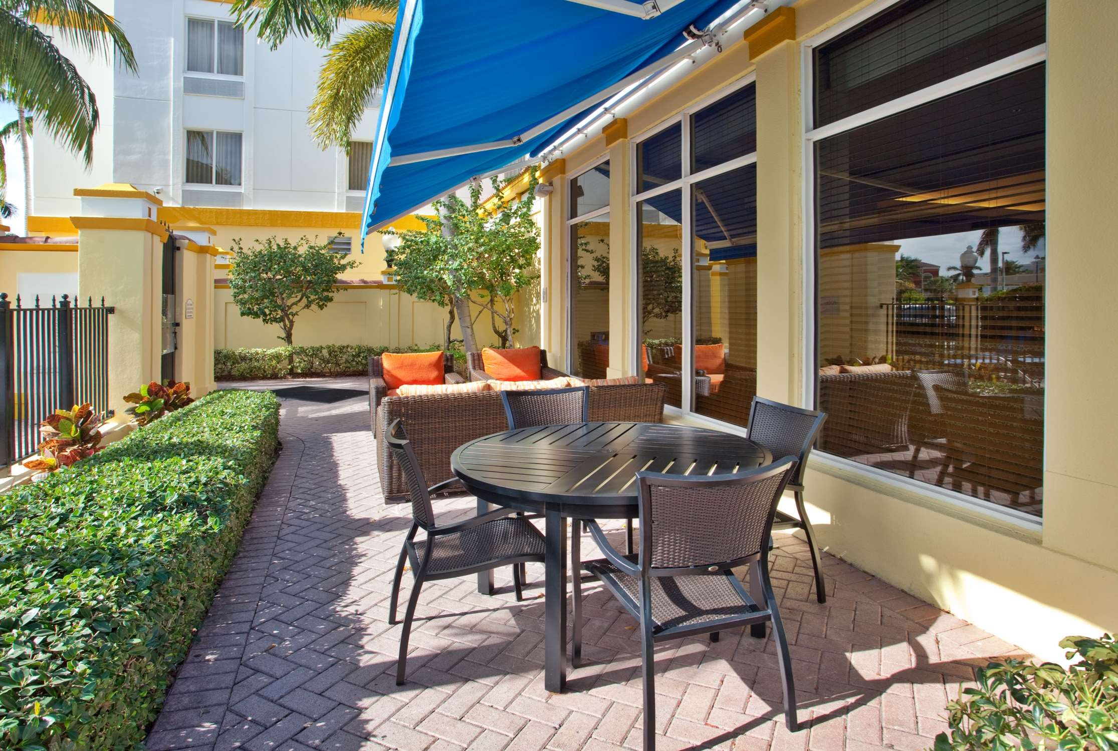 Hilton Garden Inn Boca Raton image 11