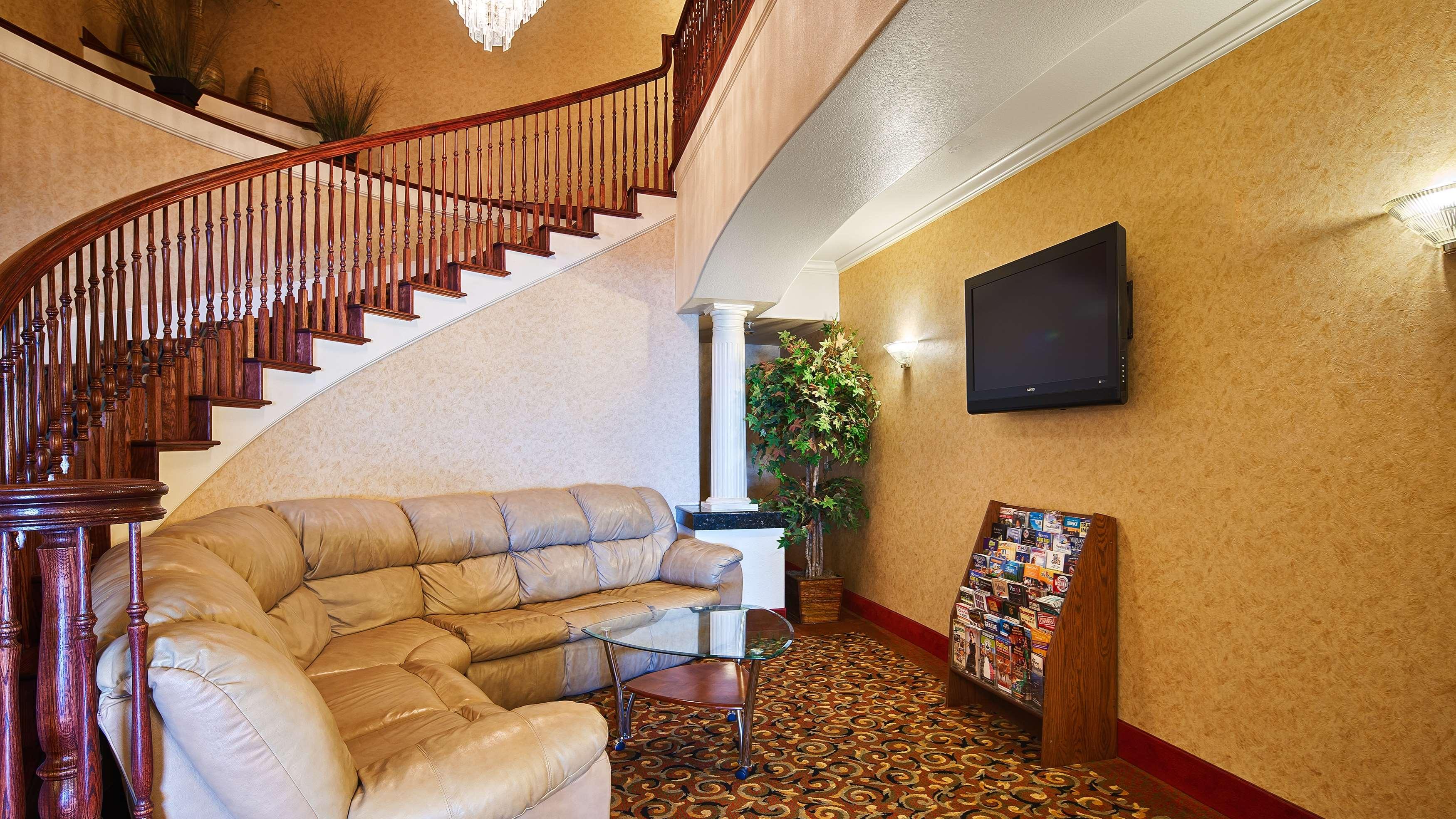 Best Western Henrietta Inn & Suites image 6