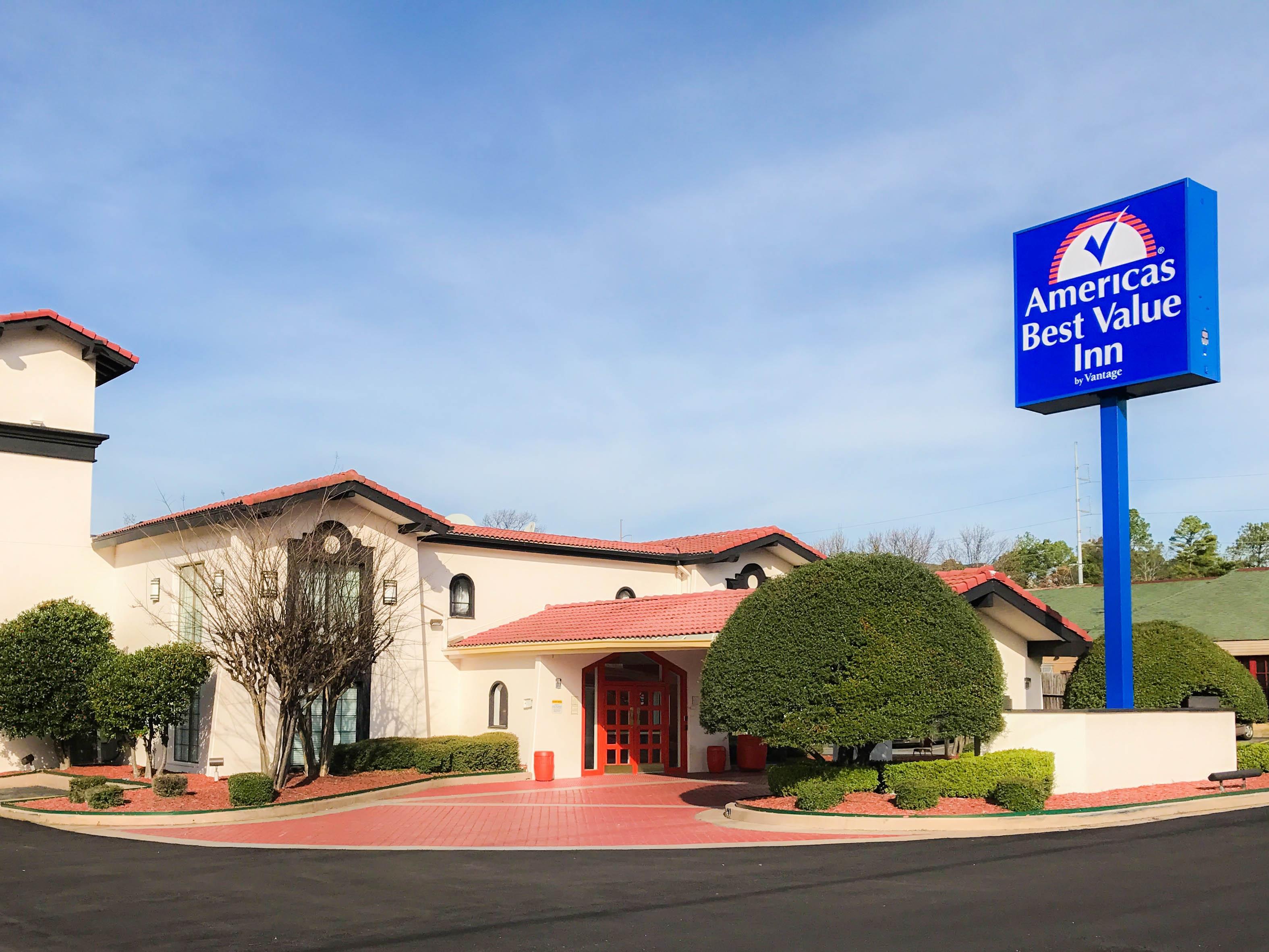 Americas Best Value Inn   West Medical