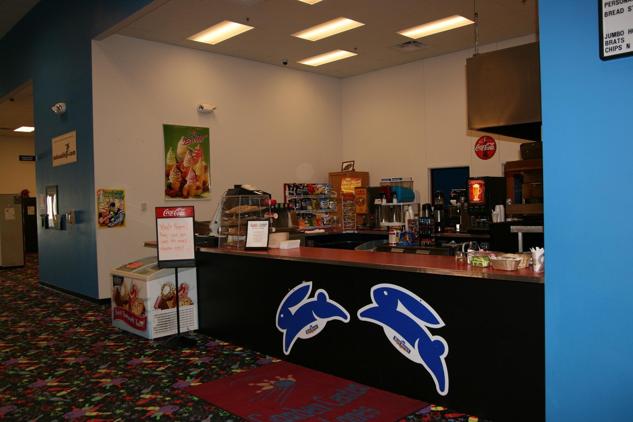 Hampton Inn & Suites Alexandria image 29