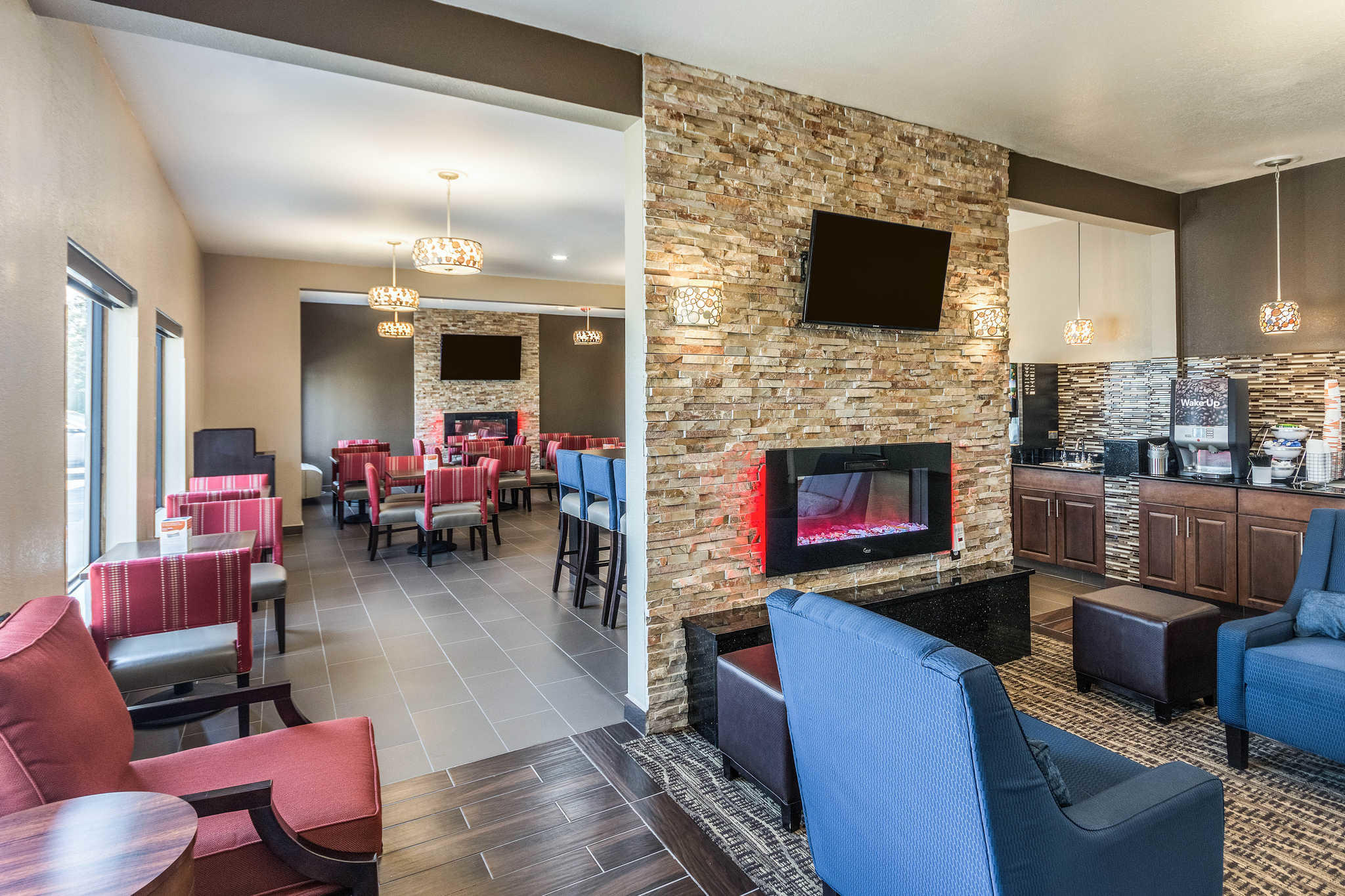 Comfort Inn & Suites North Aurora - Naperville image 7