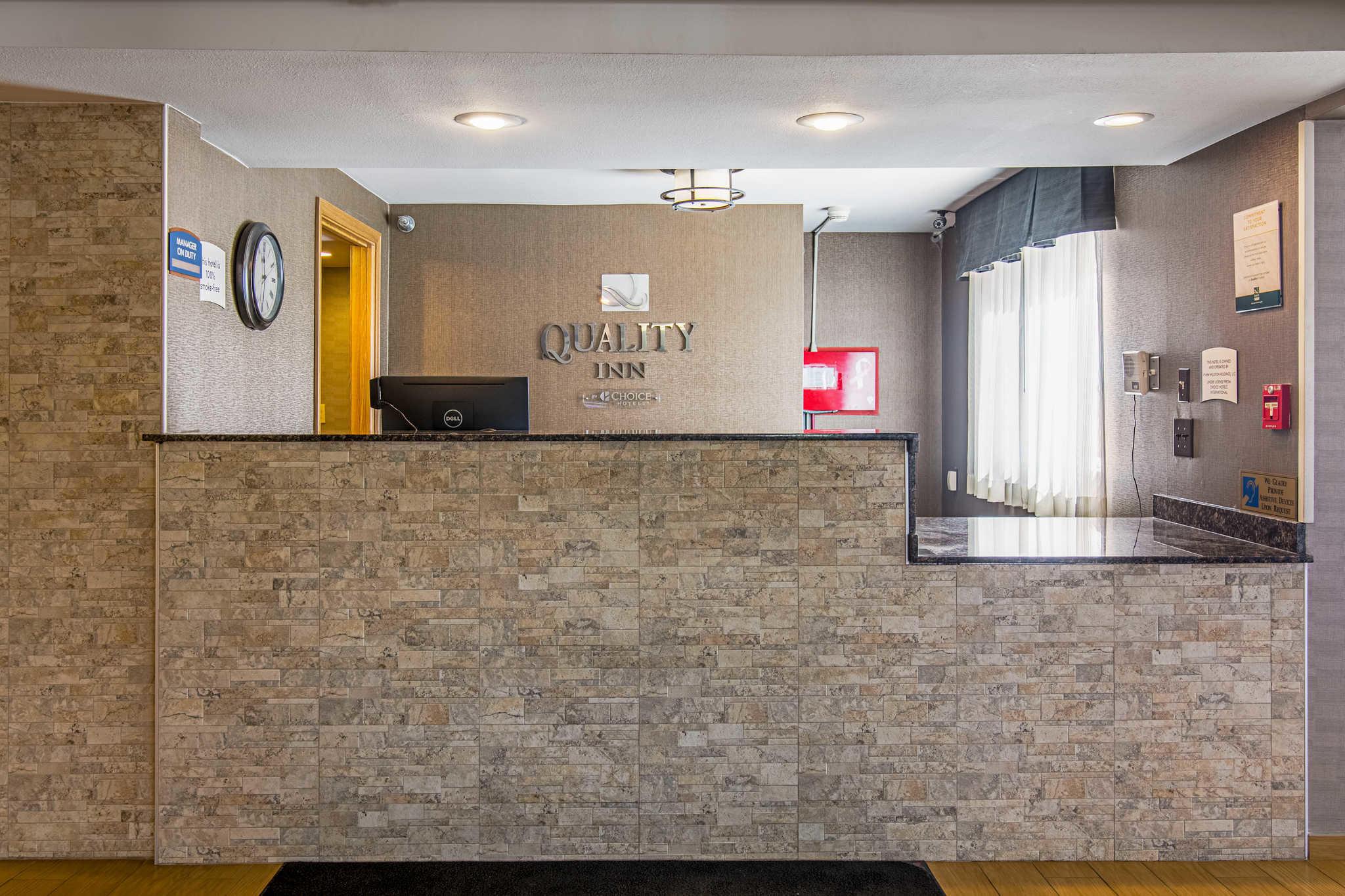 Quality Inn image 2