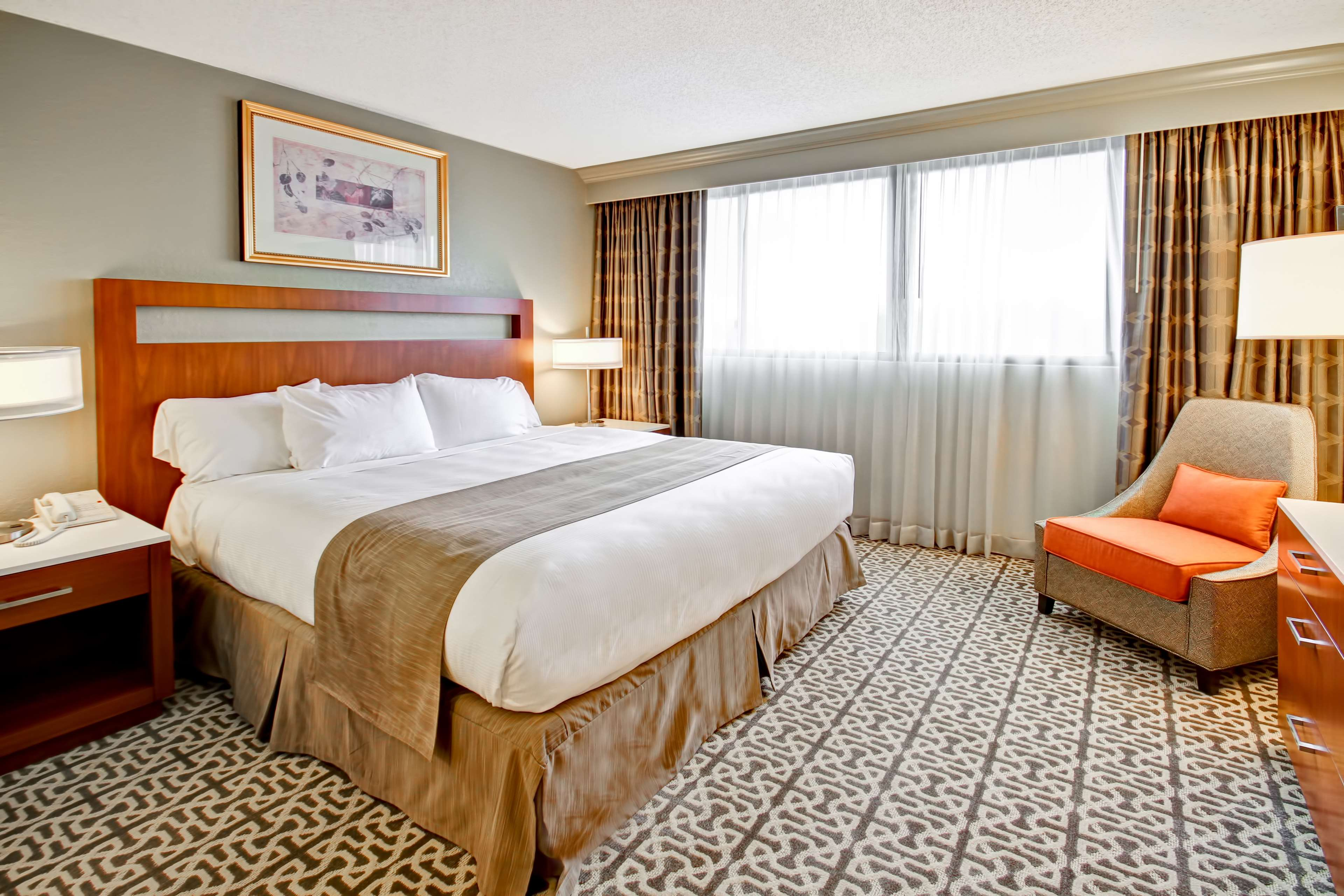 DoubleTree Suites by Hilton Hotel Seattle Airport - Southcenter image 14